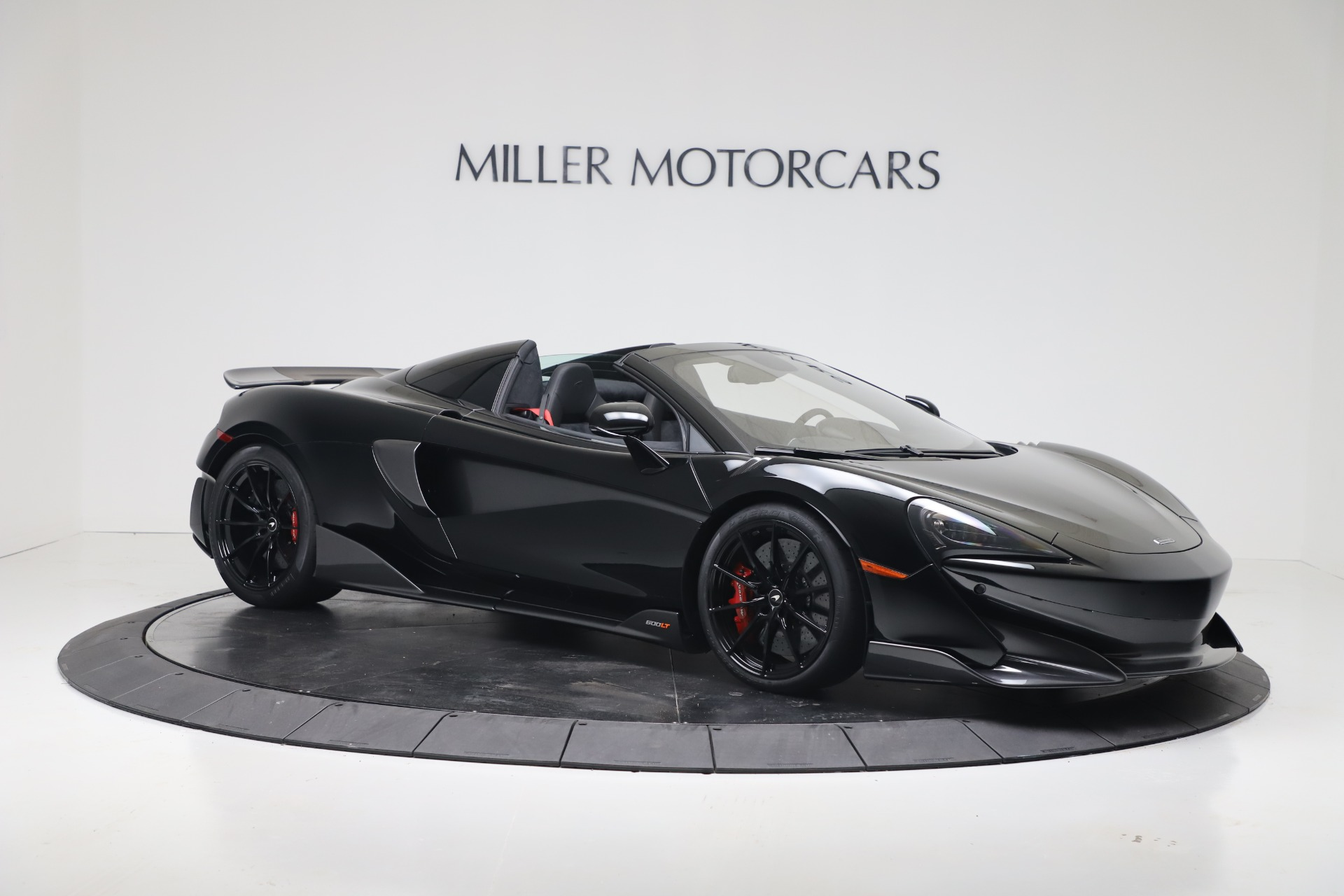 New 2020 McLaren 600LT Convertible For Sale In Greenwich, CT. Alfa Romeo of Greenwich, MC462 3476_p5