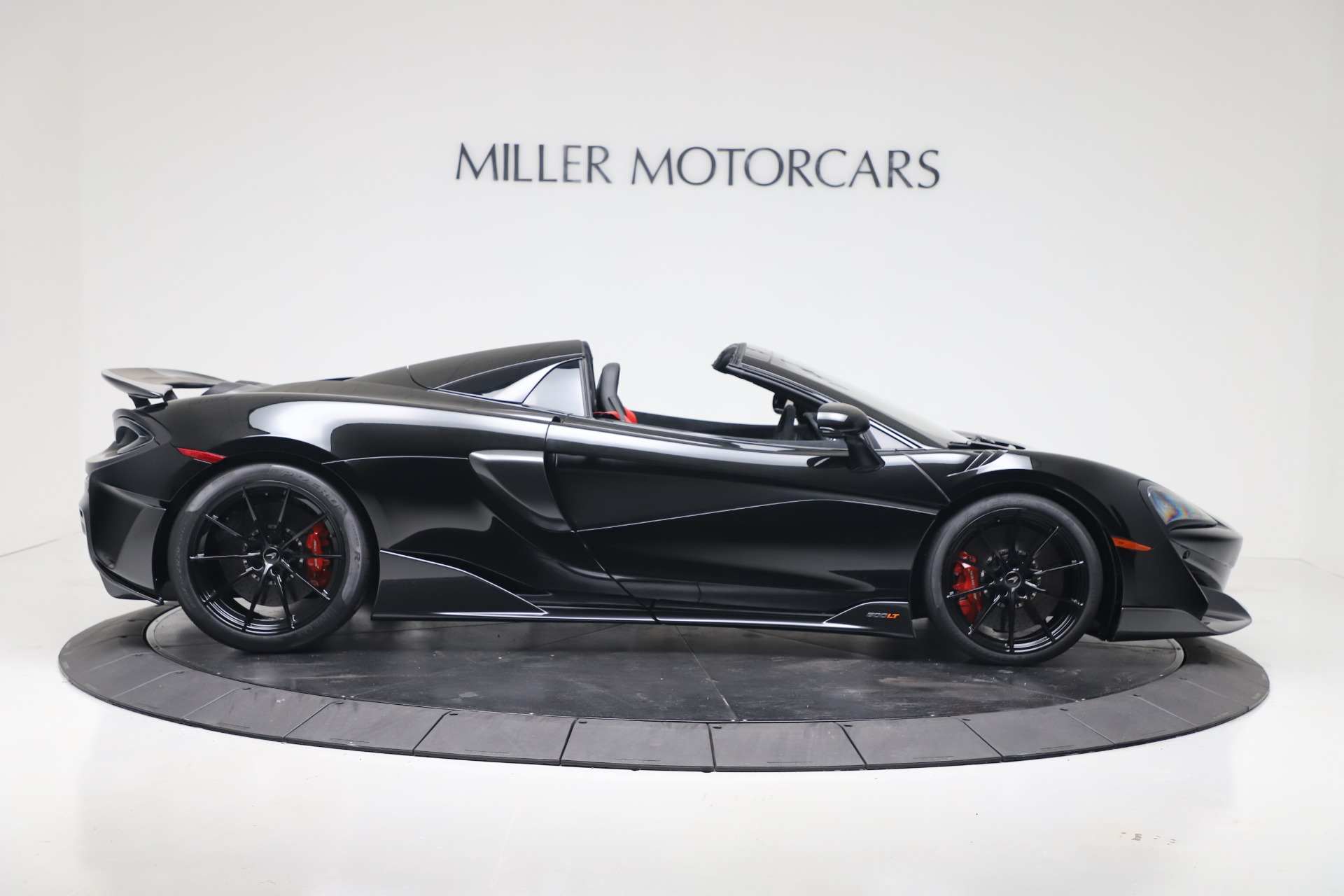 New 2020 McLaren 600LT Convertible For Sale In Greenwich, CT. Alfa Romeo of Greenwich, MC462 3476_p6
