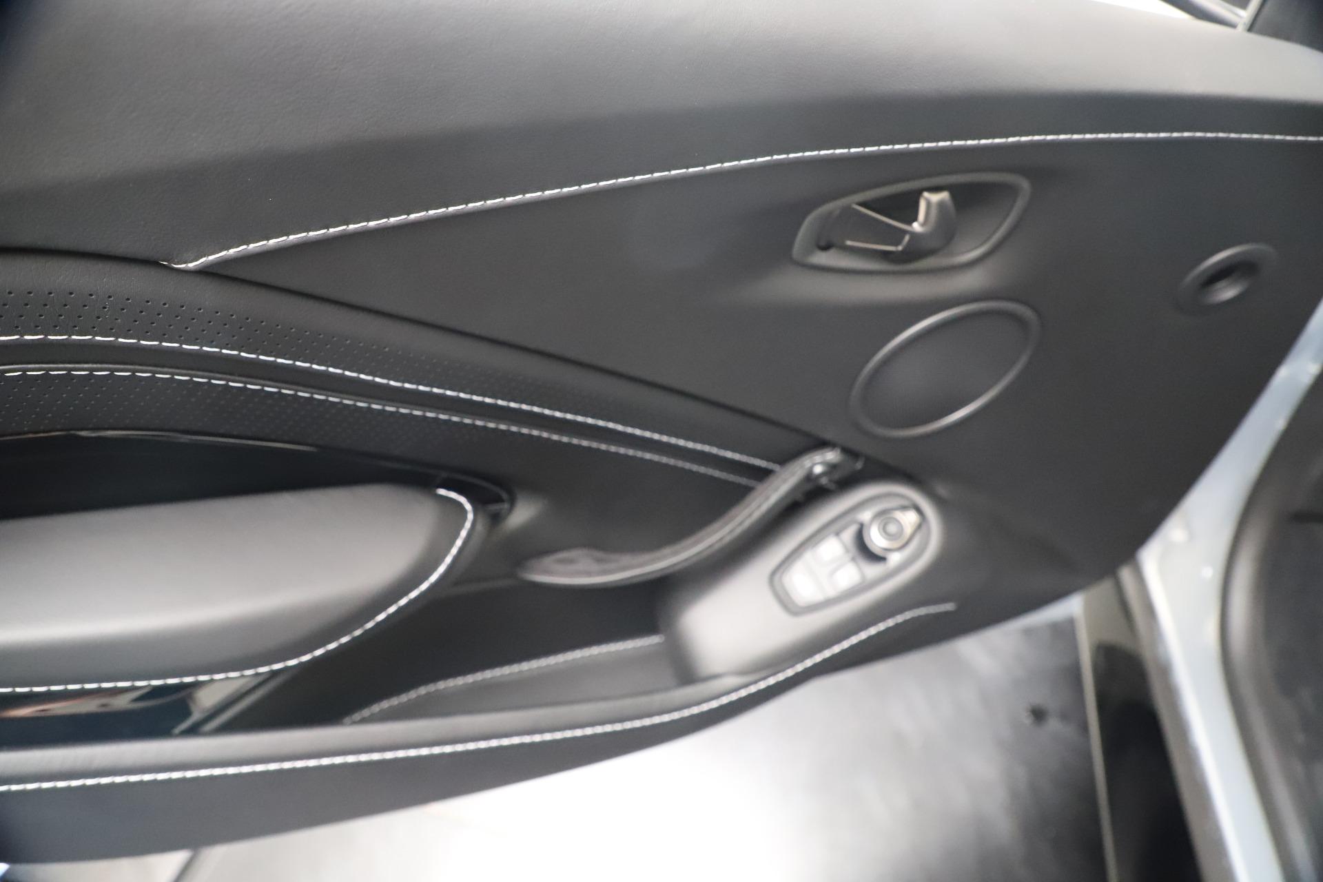 New 2020 Aston Martin Vantage V8 For Sale In Greenwich, CT. Alfa Romeo of Greenwich, A1414 3481_p31