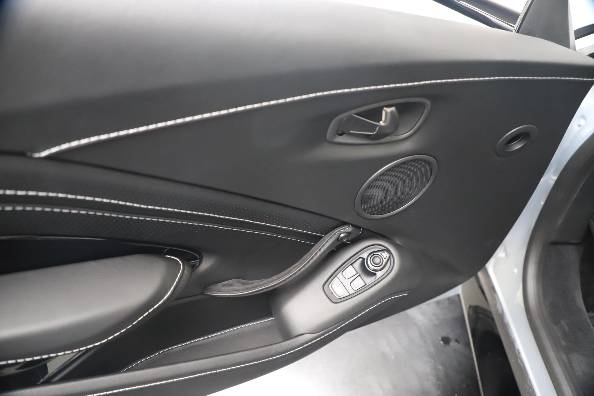 New 2020 Aston Martin Vantage V8 For Sale In Greenwich, CT. Alfa Romeo of Greenwich, A1414 3481_p32