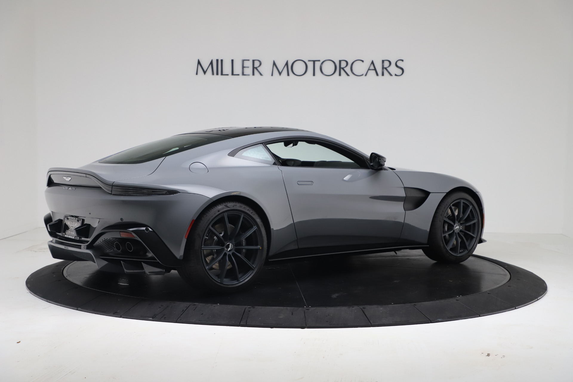 New 2020 Aston Martin Vantage V8 For Sale In Greenwich, CT. Alfa Romeo of Greenwich, A1415 3482_p14