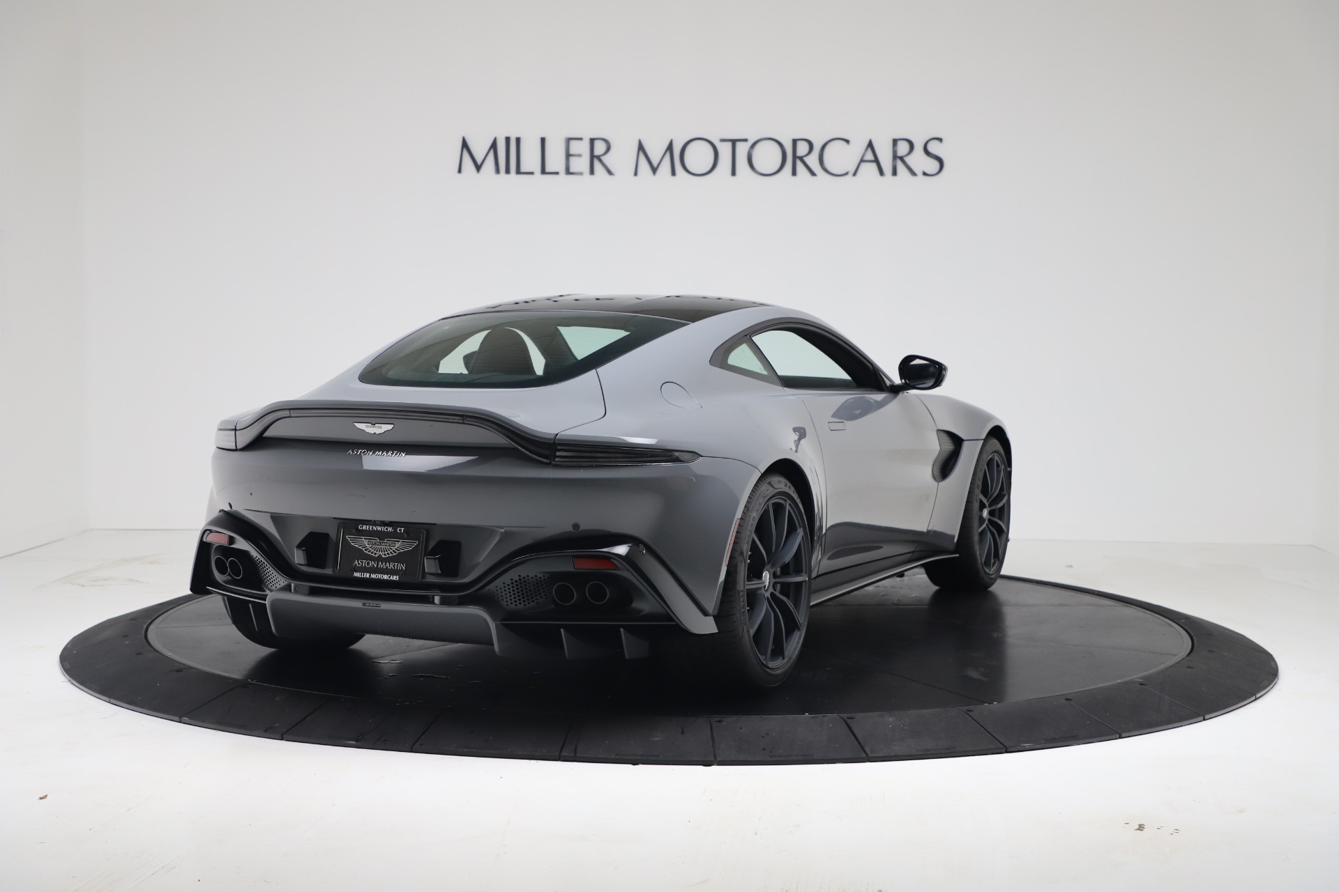 New 2020 Aston Martin Vantage V8 For Sale In Greenwich, CT. Alfa Romeo of Greenwich, A1415 3482_p16