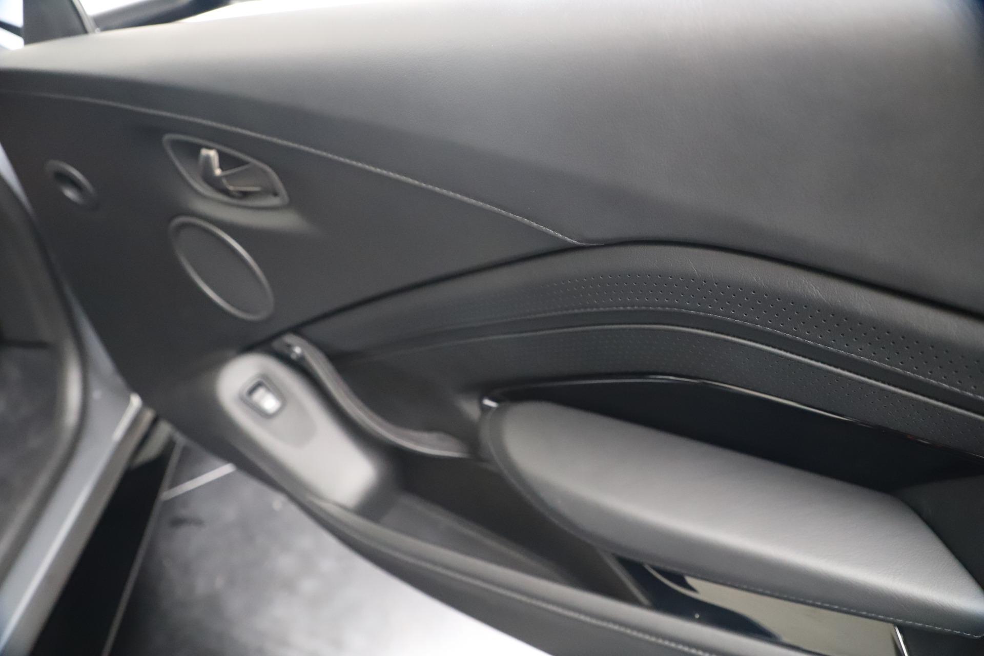 New 2020 Aston Martin Vantage V8 For Sale In Greenwich, CT. Alfa Romeo of Greenwich, A1415 3482_p40