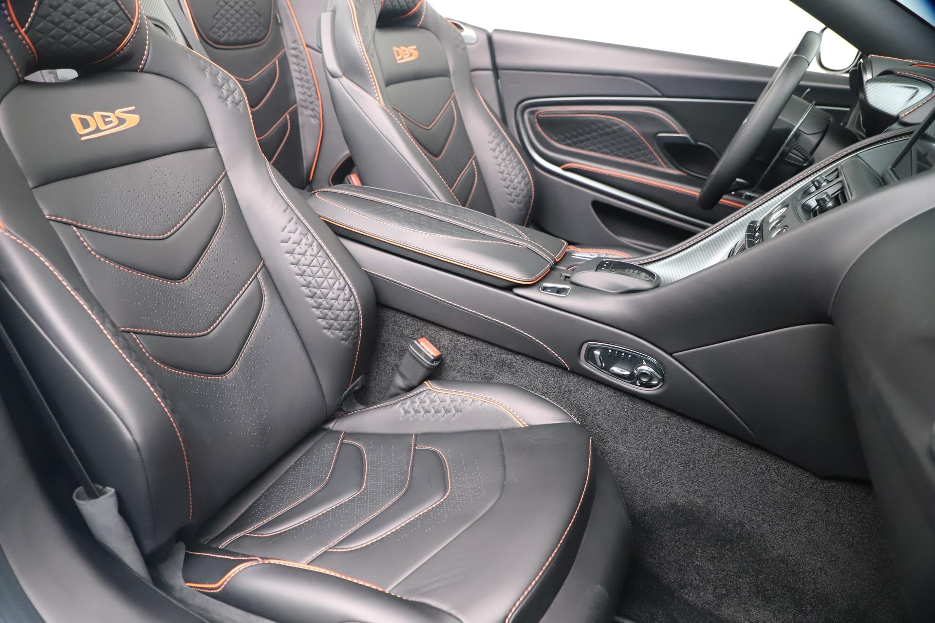 New 2020 Aston Martin DBS Superleggera Volante Convertible For Sale In Greenwich, CT. Alfa Romeo of Greenwich, A1413 3484_p23