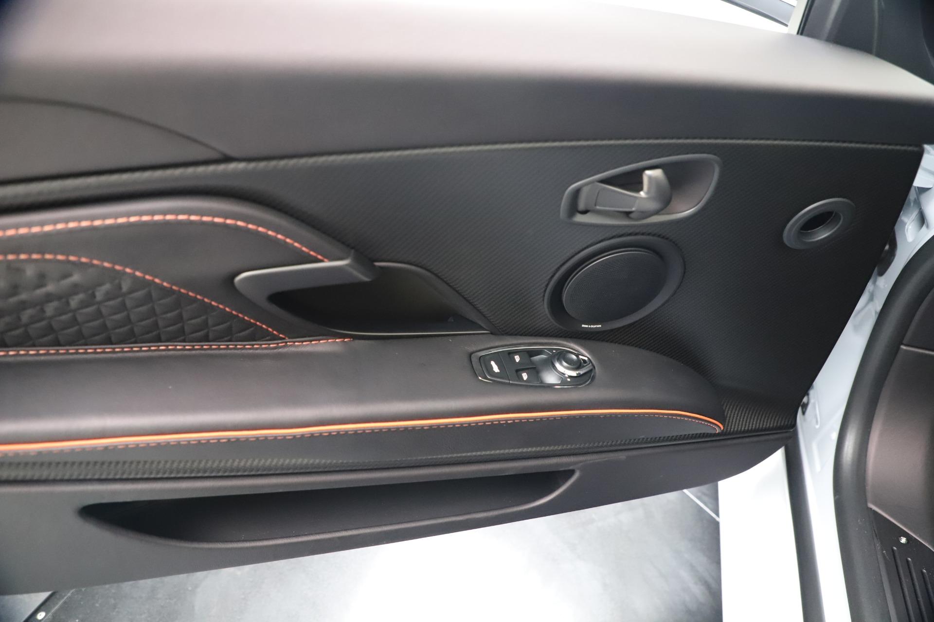 New 2020 Aston Martin DBS Superleggera Volante Convertible For Sale In Greenwich, CT. Alfa Romeo of Greenwich, A1413 3484_p28