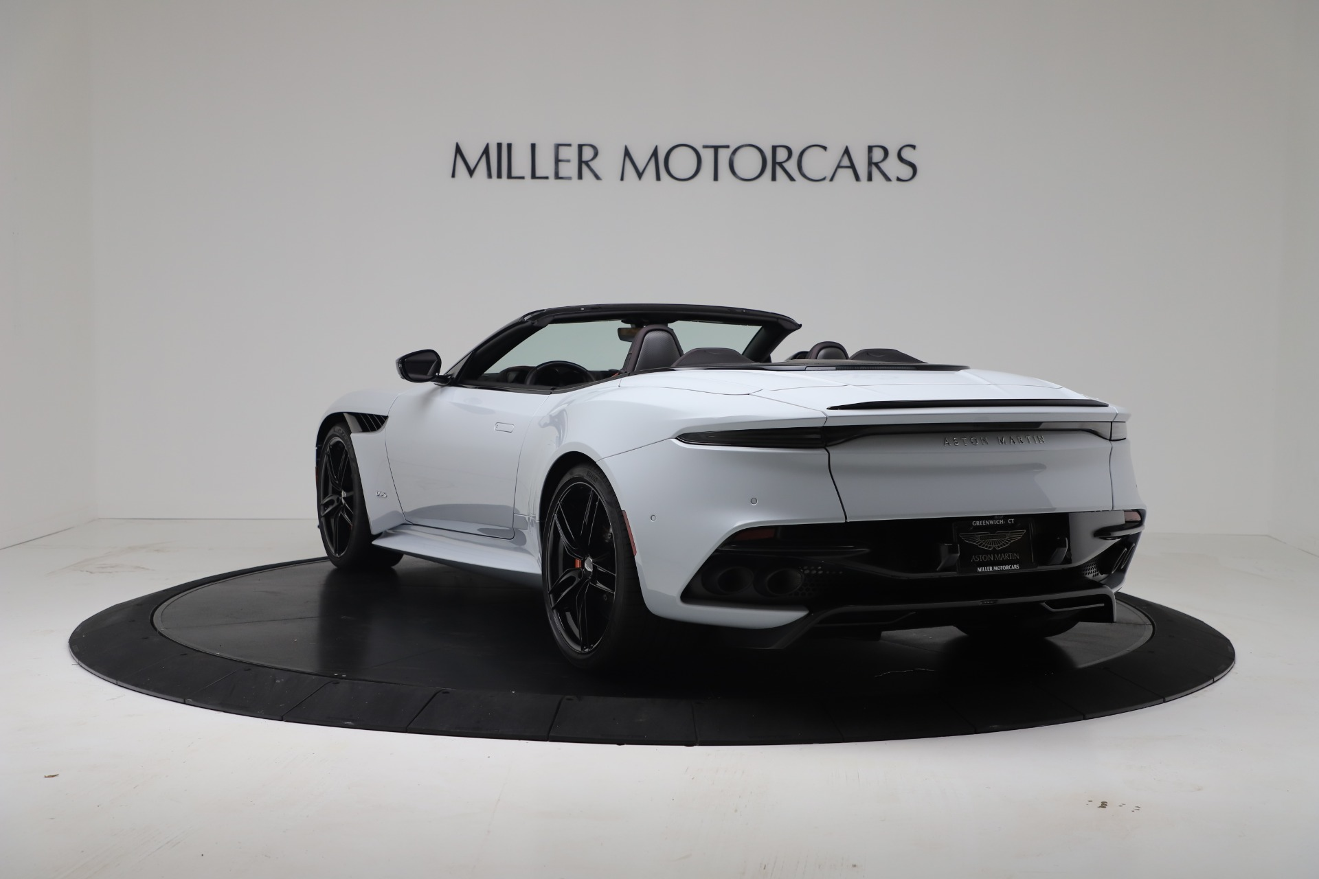 New 2020 Aston Martin DBS Superleggera For Sale In Greenwich, CT. Alfa Romeo of Greenwich, A1413 3484_p4