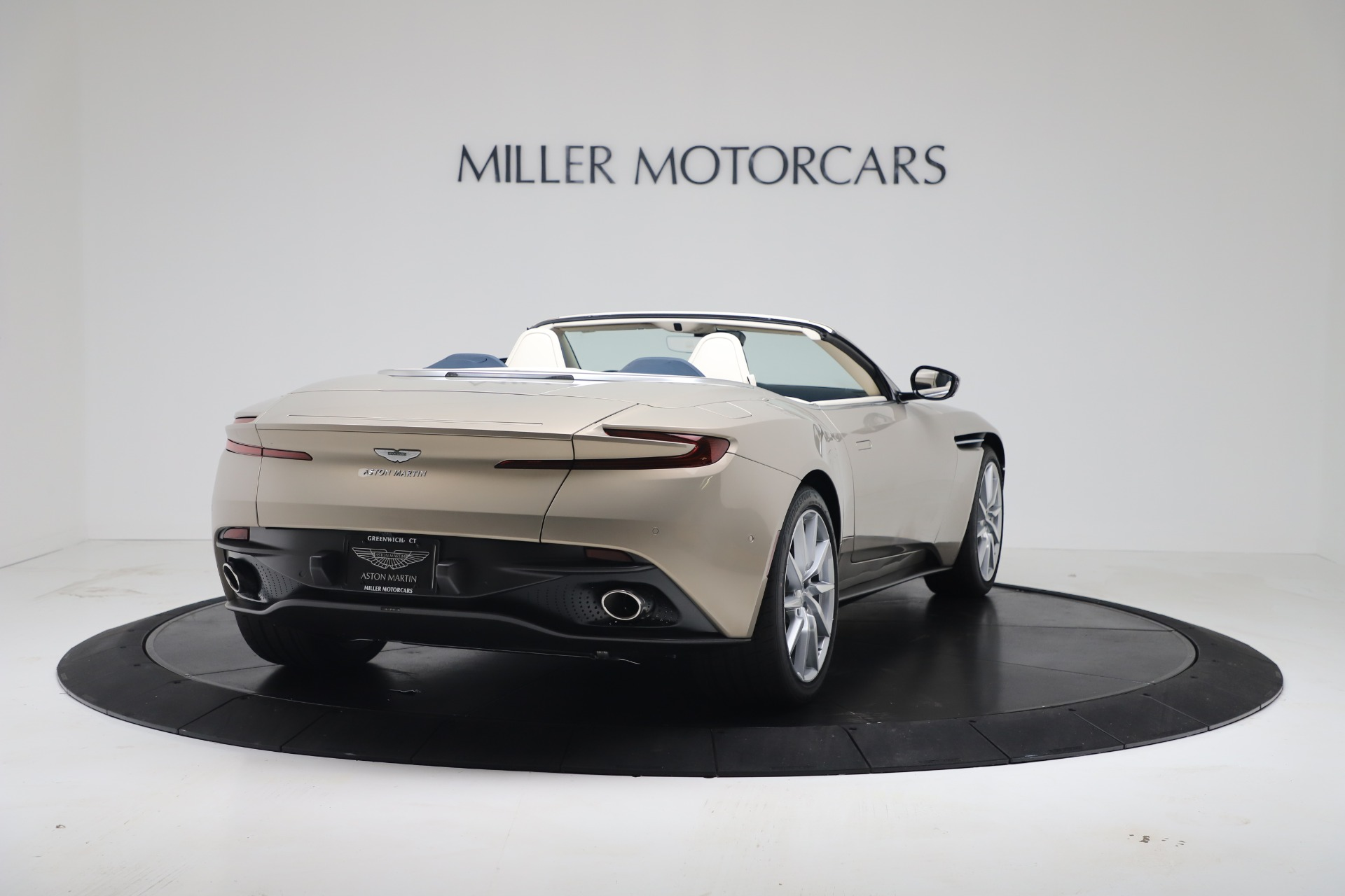New 2020 Aston Martin DB11 V8 For Sale In Greenwich, CT. Alfa Romeo of Greenwich, A1411 3485_p15