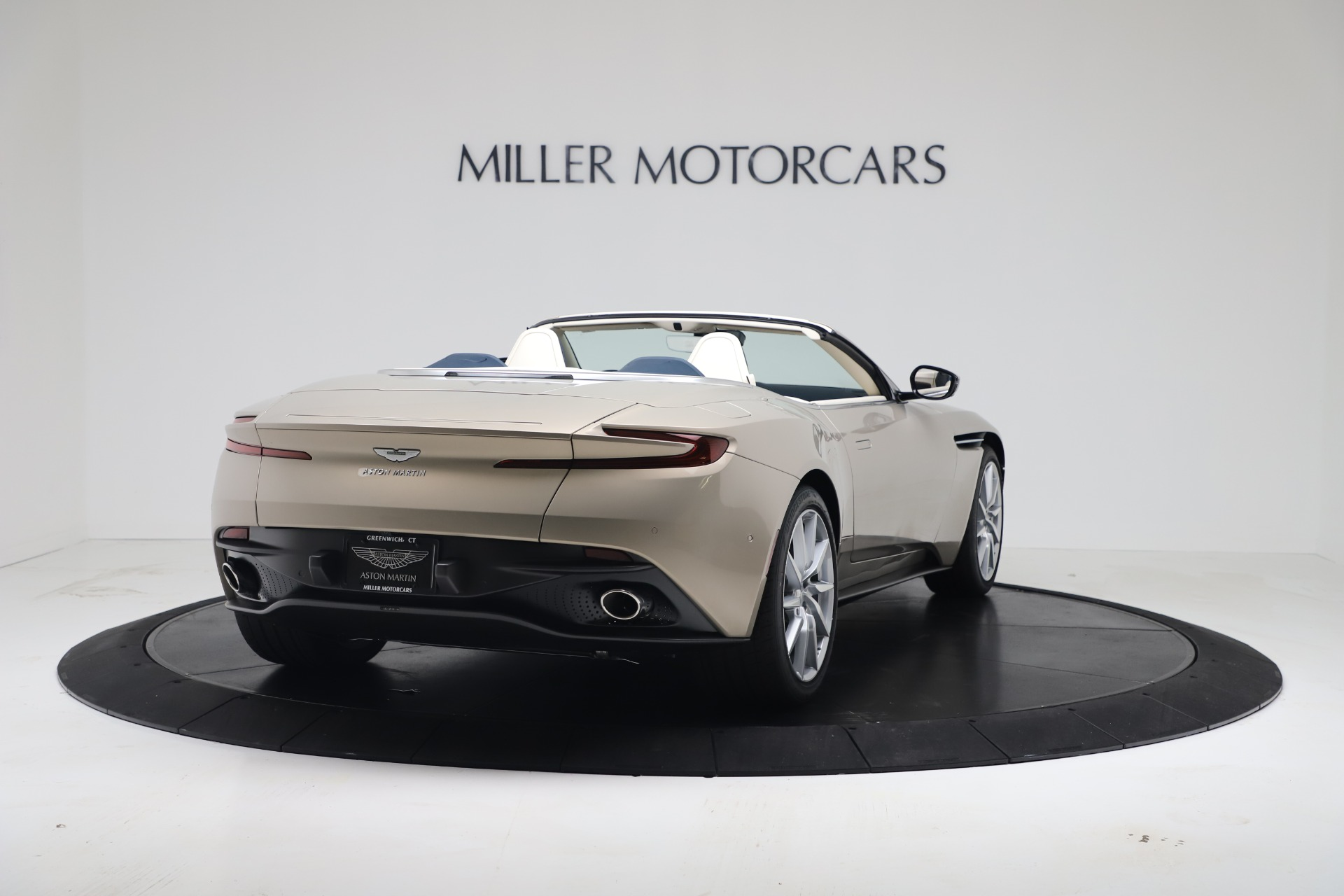 New 2020 Aston Martin DB11 V8 For Sale In Greenwich, CT. Alfa Romeo of Greenwich, A1411 3485_p16
