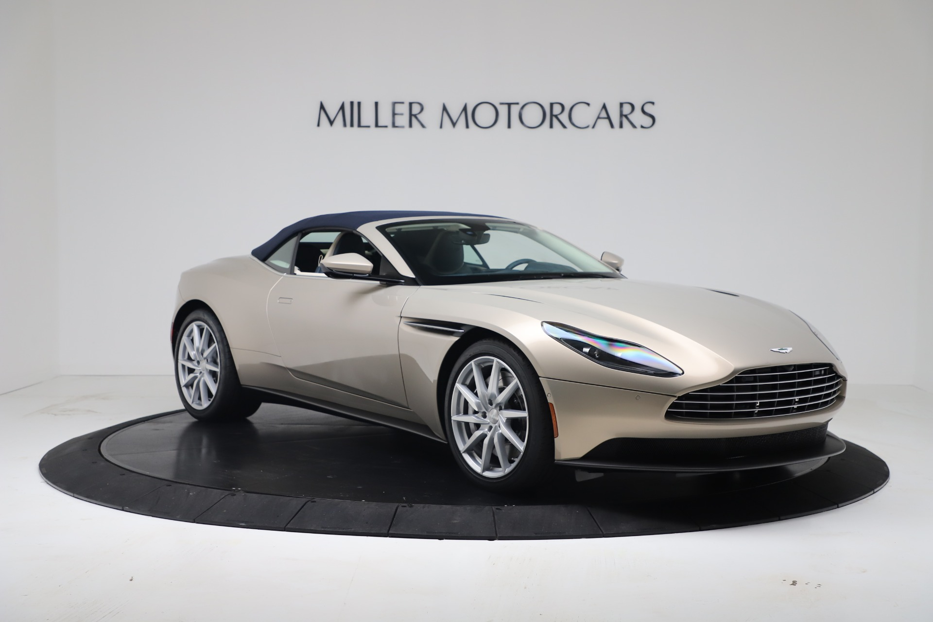 New 2020 Aston Martin DB11 V8 For Sale In Greenwich, CT. Alfa Romeo of Greenwich, A1411 3485_p28