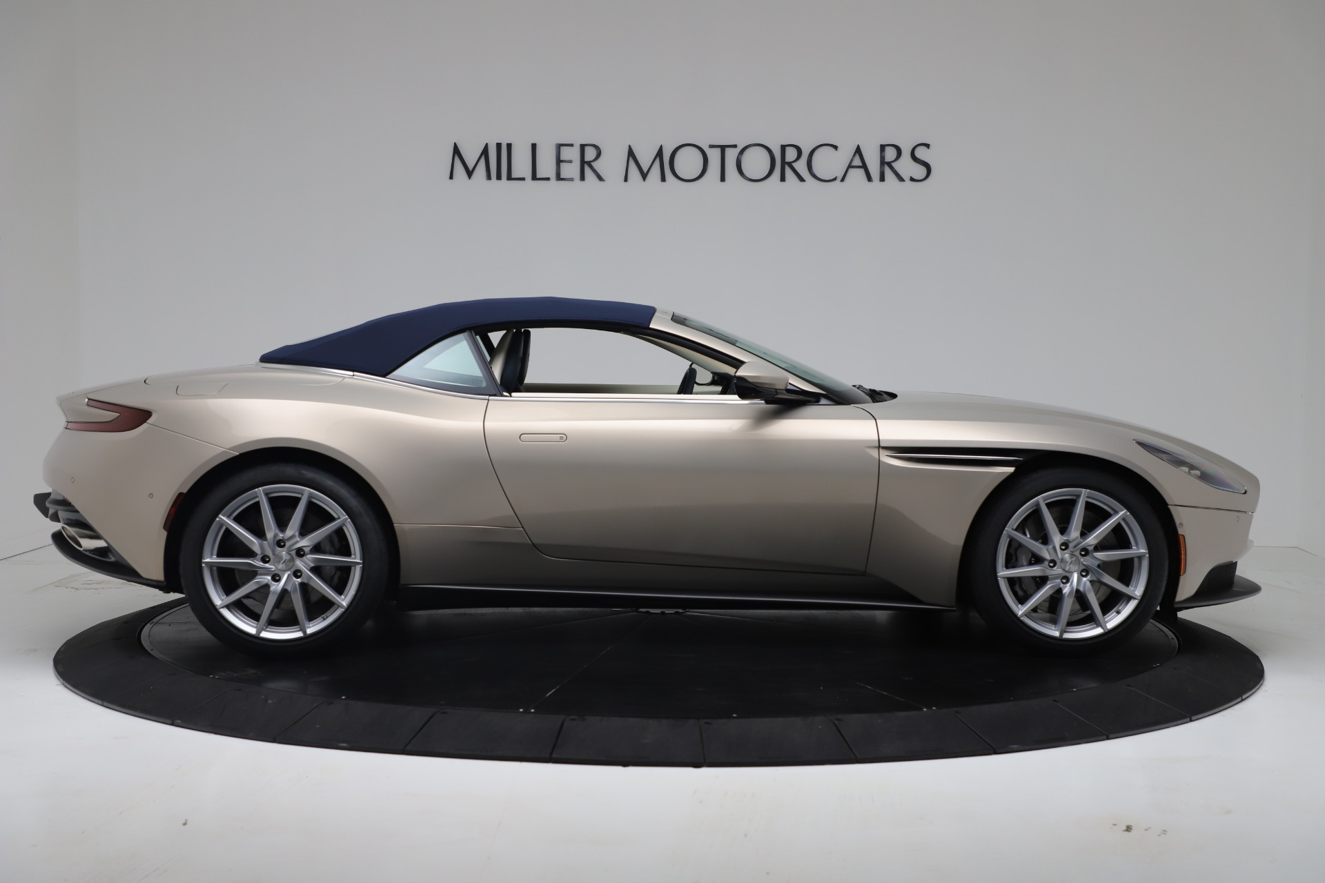 New 2020 Aston Martin DB11 V8 For Sale In Greenwich, CT. Alfa Romeo of Greenwich, A1411 3485_p29