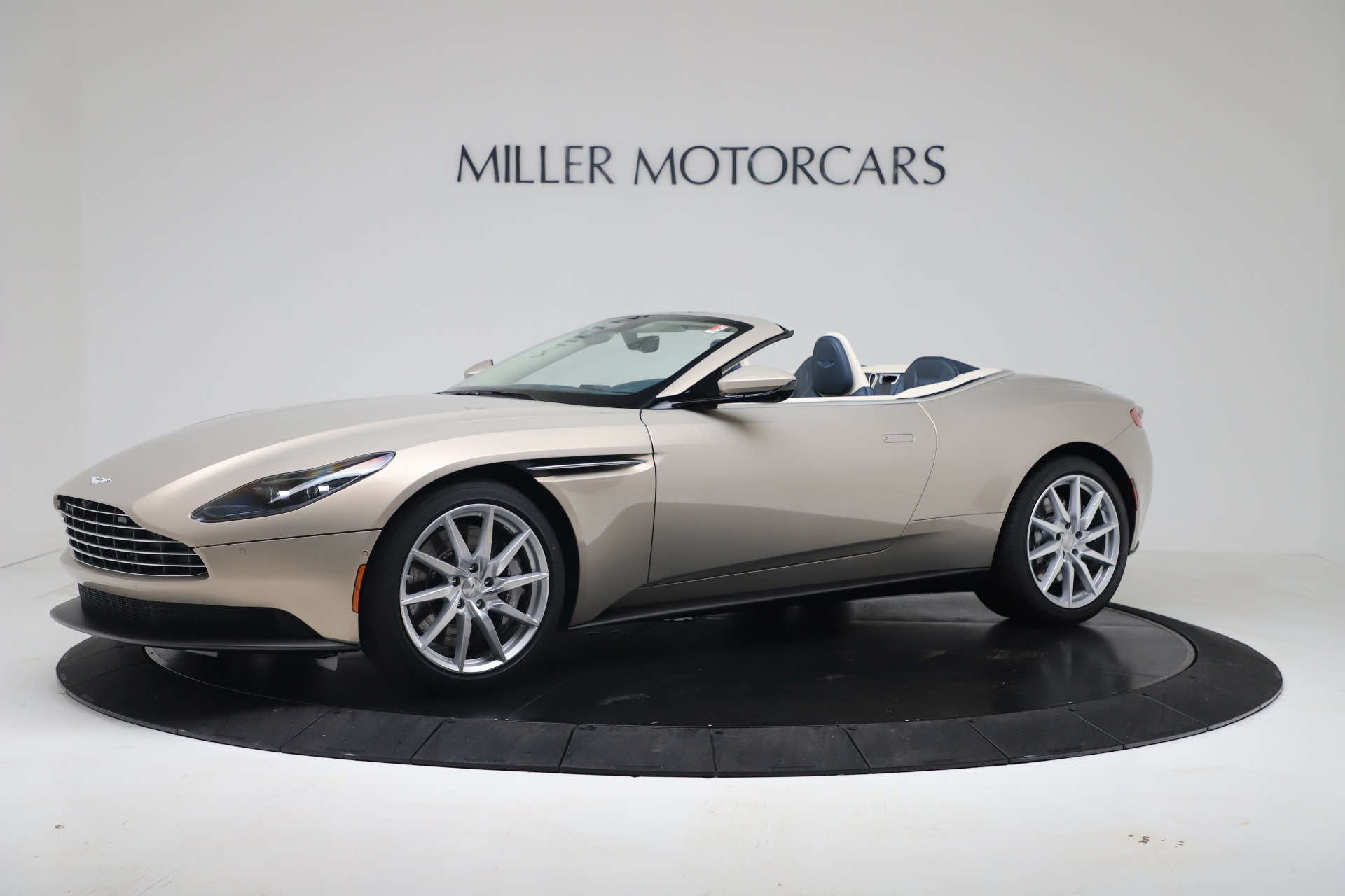 New 2020 Aston Martin DB11 V8 For Sale In Greenwich, CT. Alfa Romeo of Greenwich, A1411 3485_p2