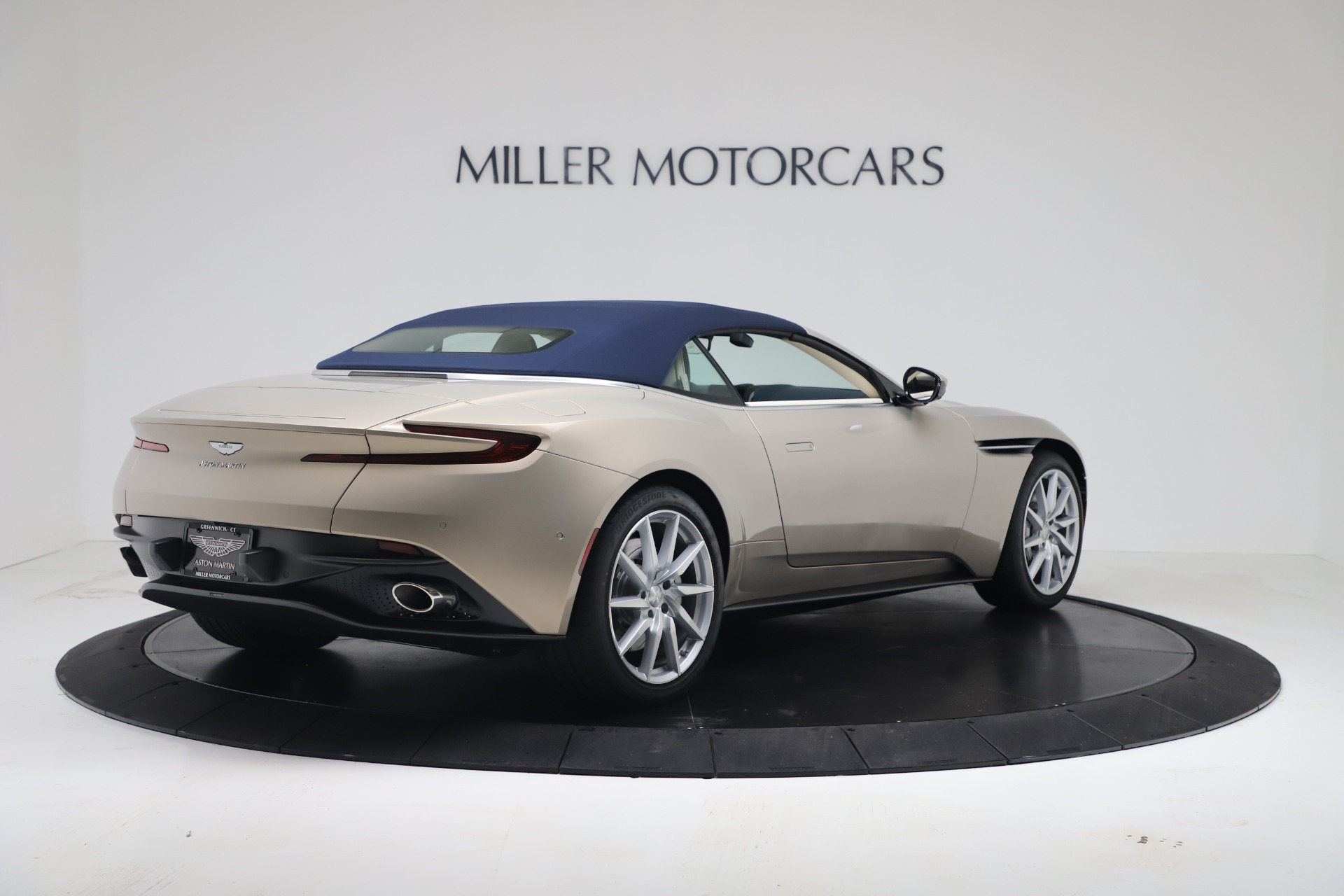 New 2020 Aston Martin DB11 V8 For Sale In Greenwich, CT. Alfa Romeo of Greenwich, A1411 3485_p31