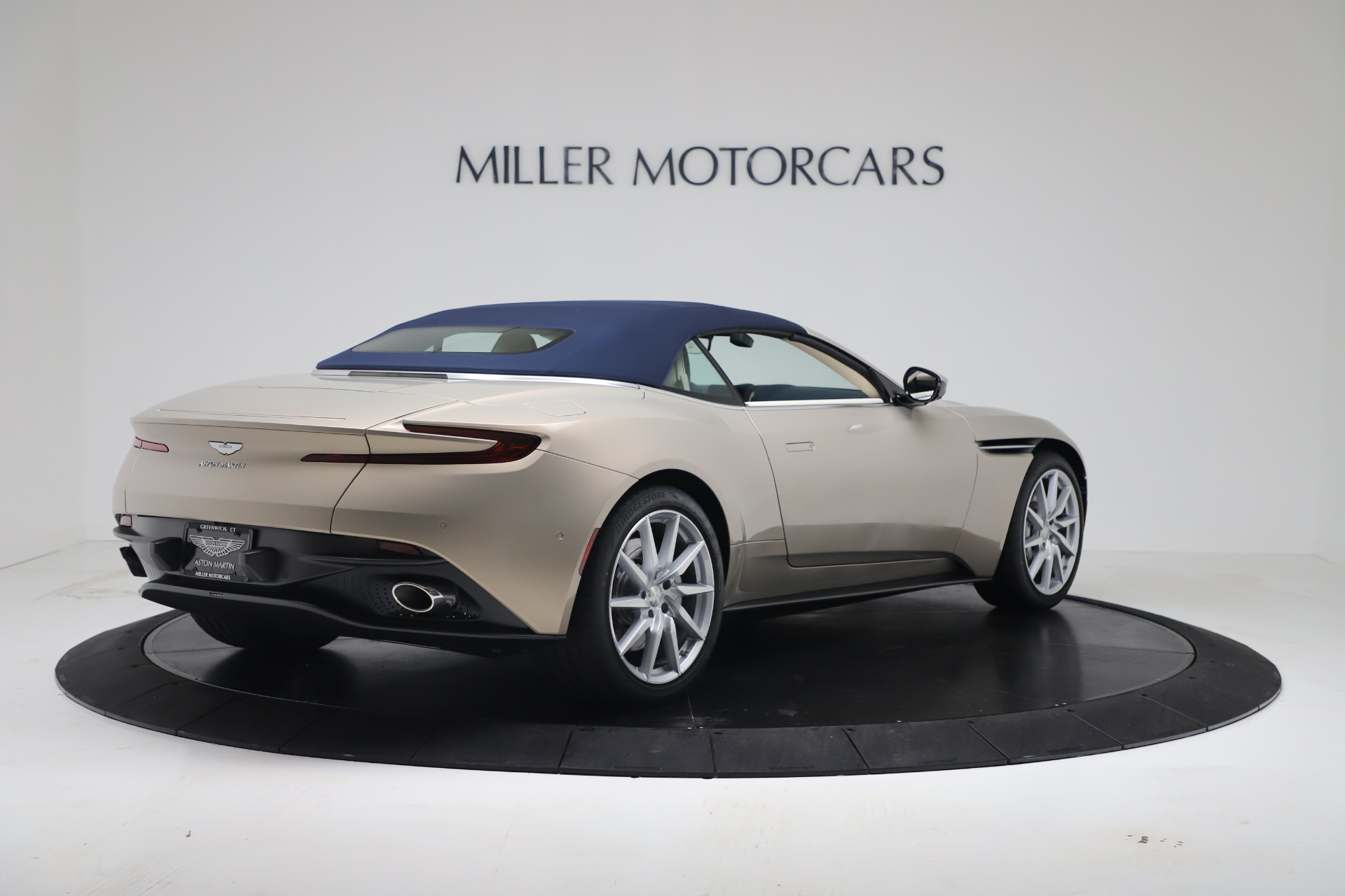 New 2020 Aston Martin DB11 V8 For Sale In Greenwich, CT. Alfa Romeo of Greenwich, A1411 3485_p32