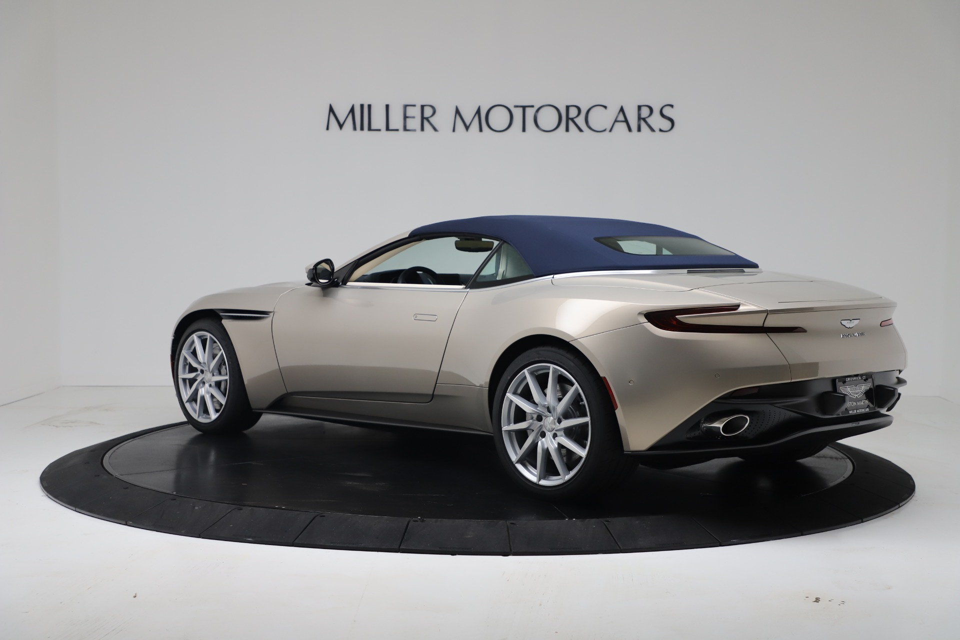New 2020 Aston Martin DB11 V8 For Sale In Greenwich, CT. Alfa Romeo of Greenwich, A1411 3485_p36