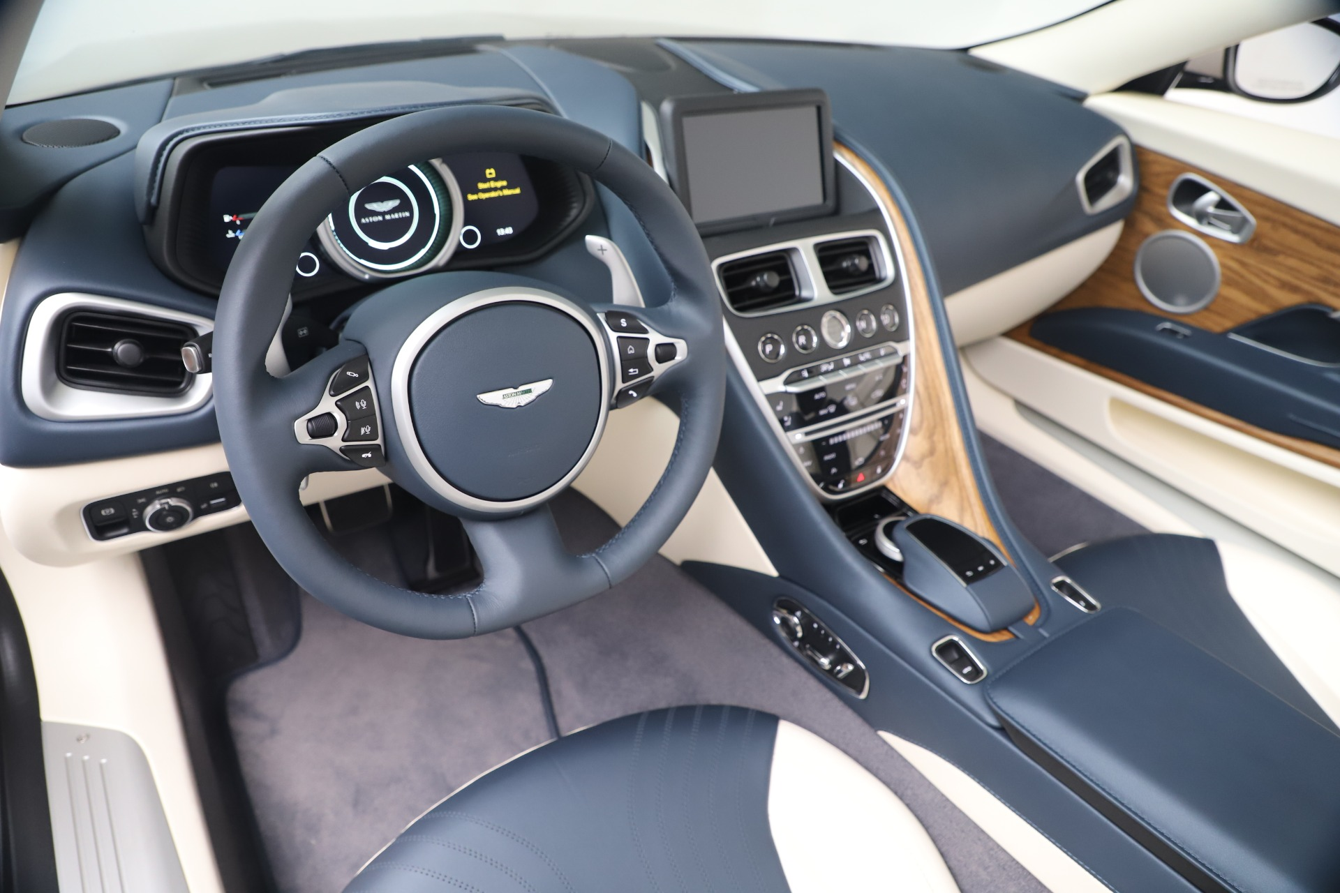 New 2020 Aston Martin DB11 V8 For Sale In Greenwich, CT. Alfa Romeo of Greenwich, A1411 3485_p37