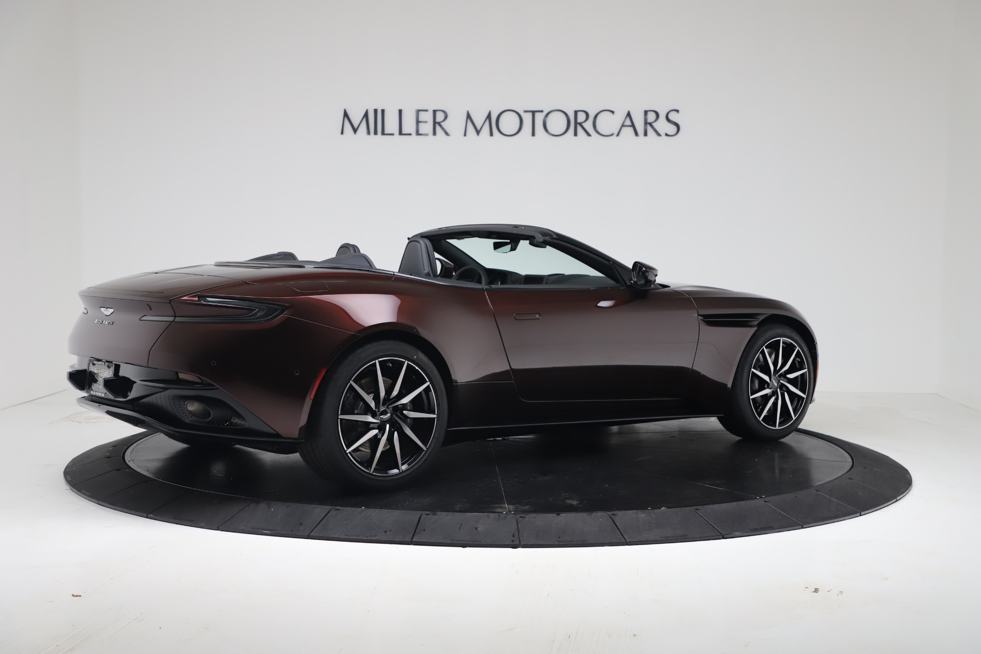 New 2020 Aston Martin DB11 V8 For Sale In Greenwich, CT. Alfa Romeo of Greenwich, A1412 3487_p10