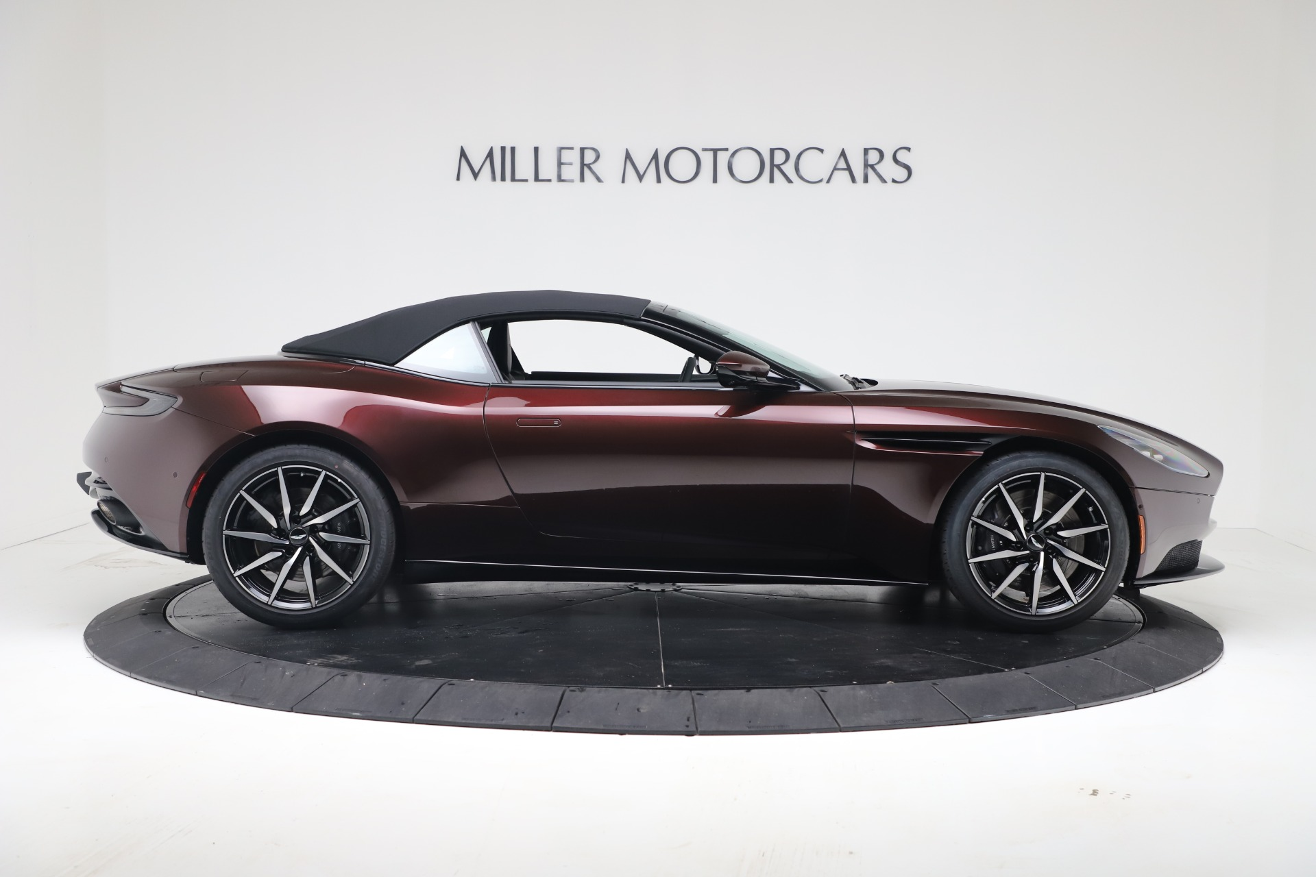 New 2020 Aston Martin DB11 V8 For Sale In Greenwich, CT. Alfa Romeo of Greenwich, A1412 3487_p17