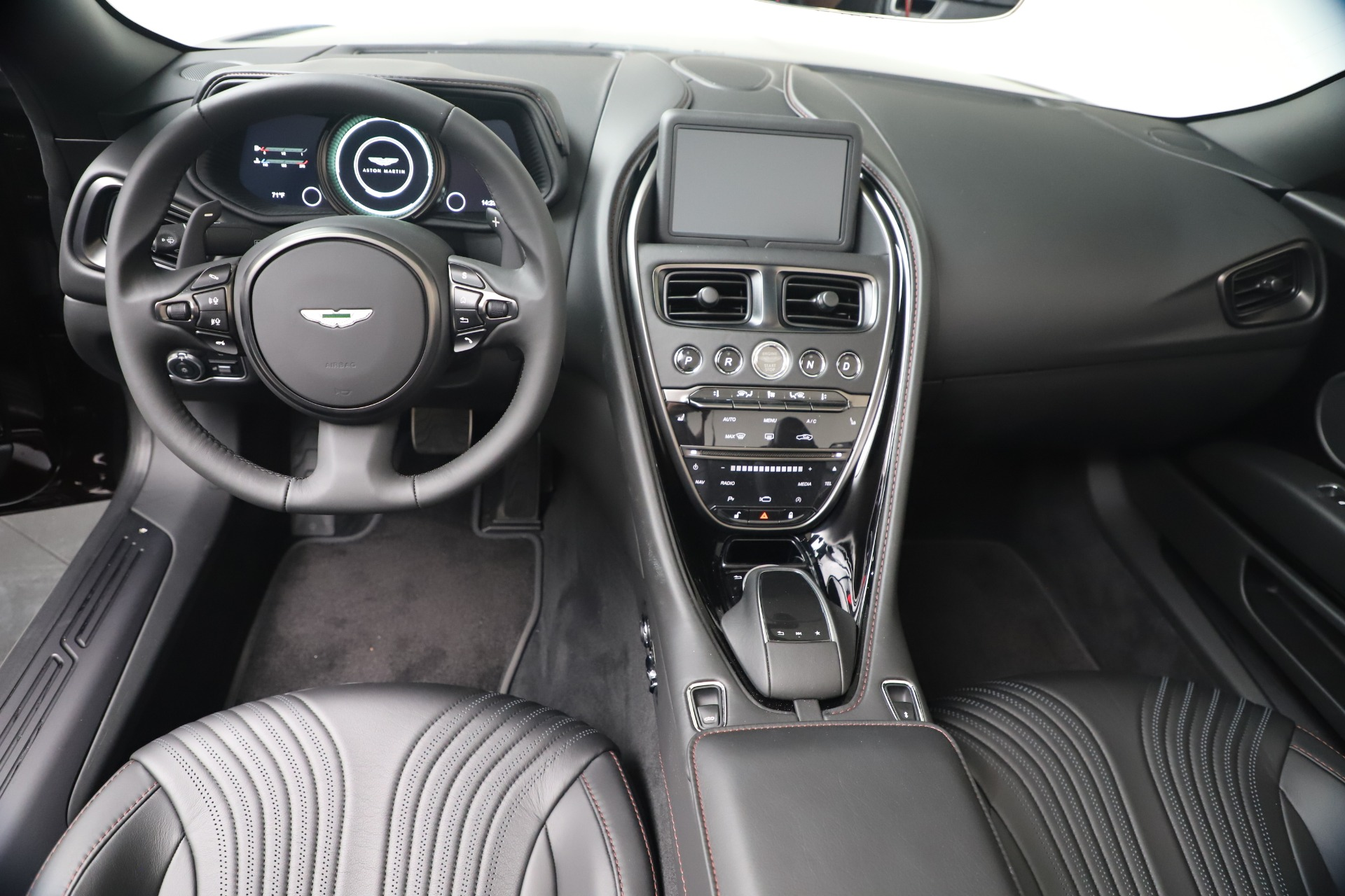 New 2020 Aston Martin DB11 V8 For Sale In Greenwich, CT. Alfa Romeo of Greenwich, A1412 3487_p23