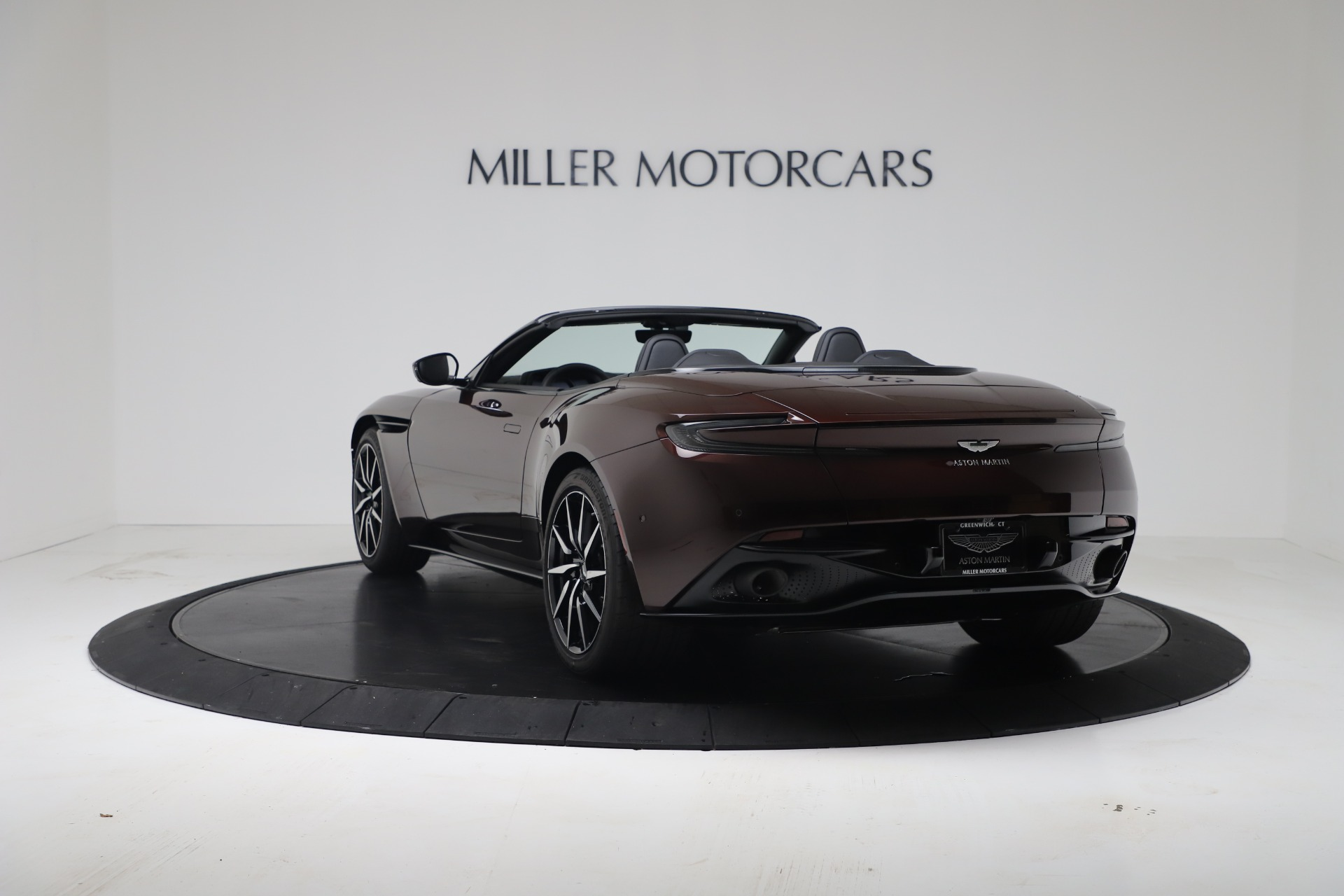 New 2020 Aston Martin DB11 V8 For Sale In Greenwich, CT. Alfa Romeo of Greenwich, A1412 3487_p7