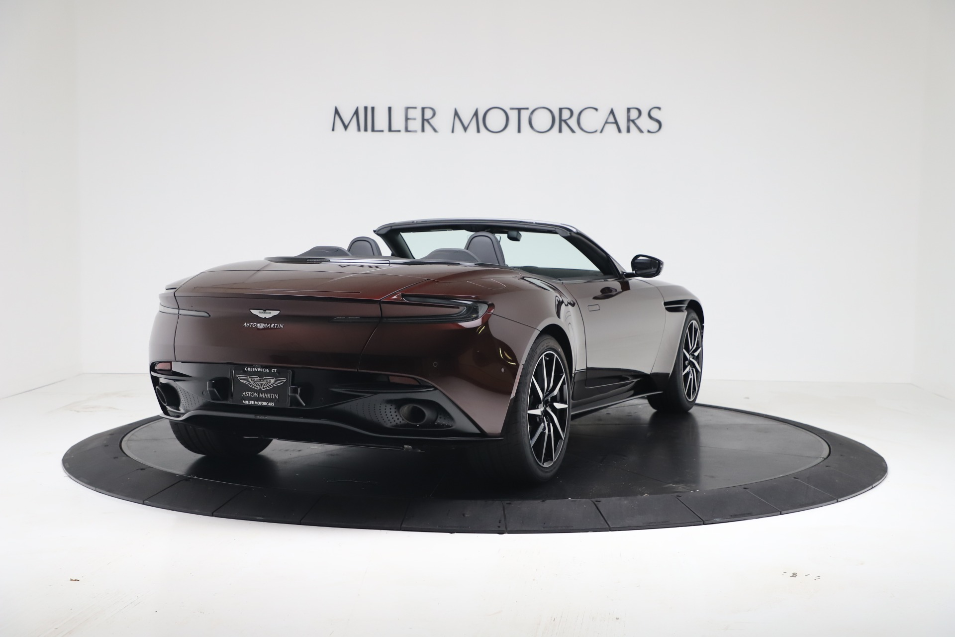 New 2020 Aston Martin DB11 V8 For Sale In Greenwich, CT. Alfa Romeo of Greenwich, A1412 3487_p9
