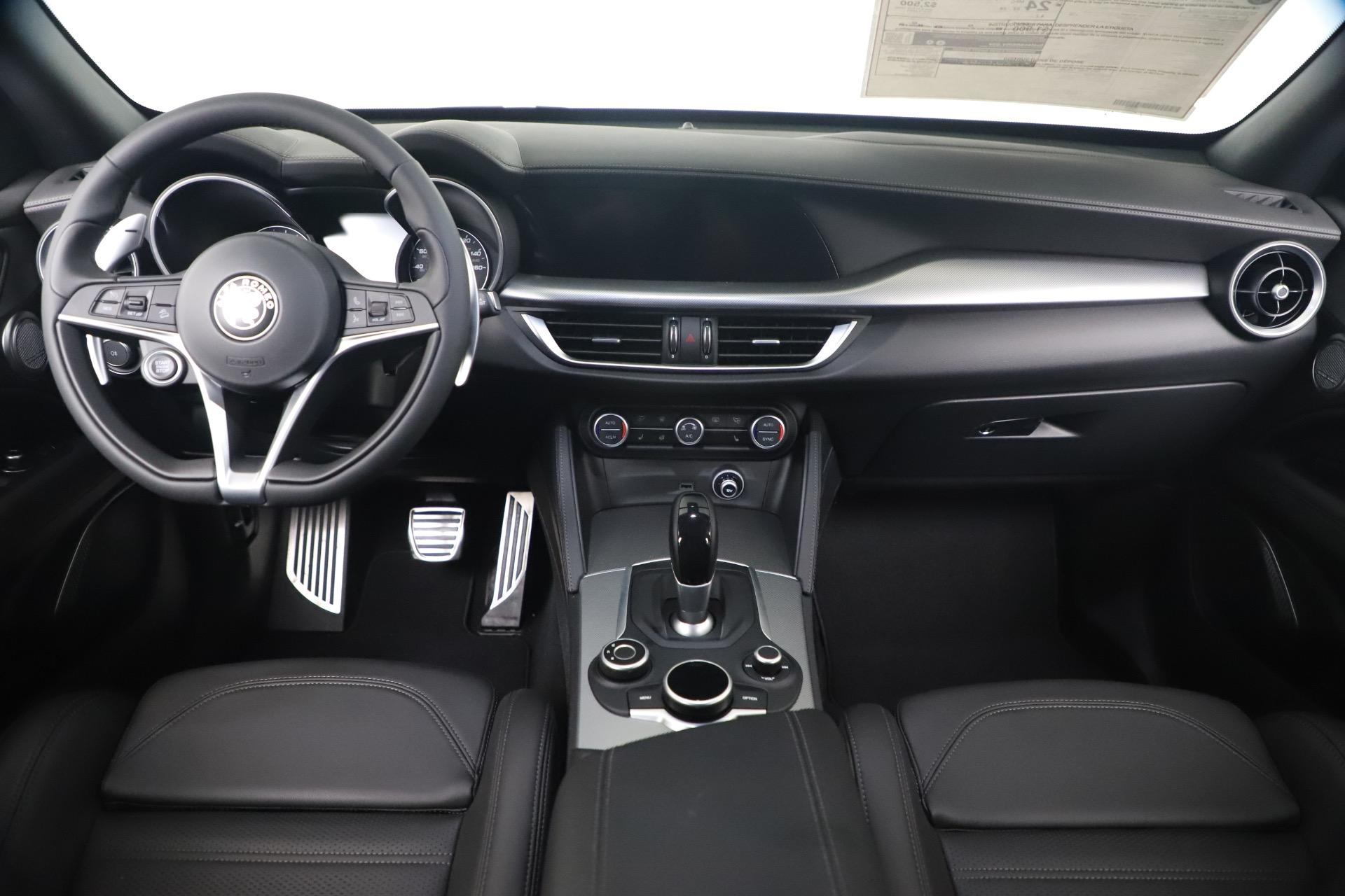 New 2019 Alfa Romeo Stelvio Ti Sport Q4 For Sale In Greenwich, CT. Alfa Romeo of Greenwich, LW388 3489_p16