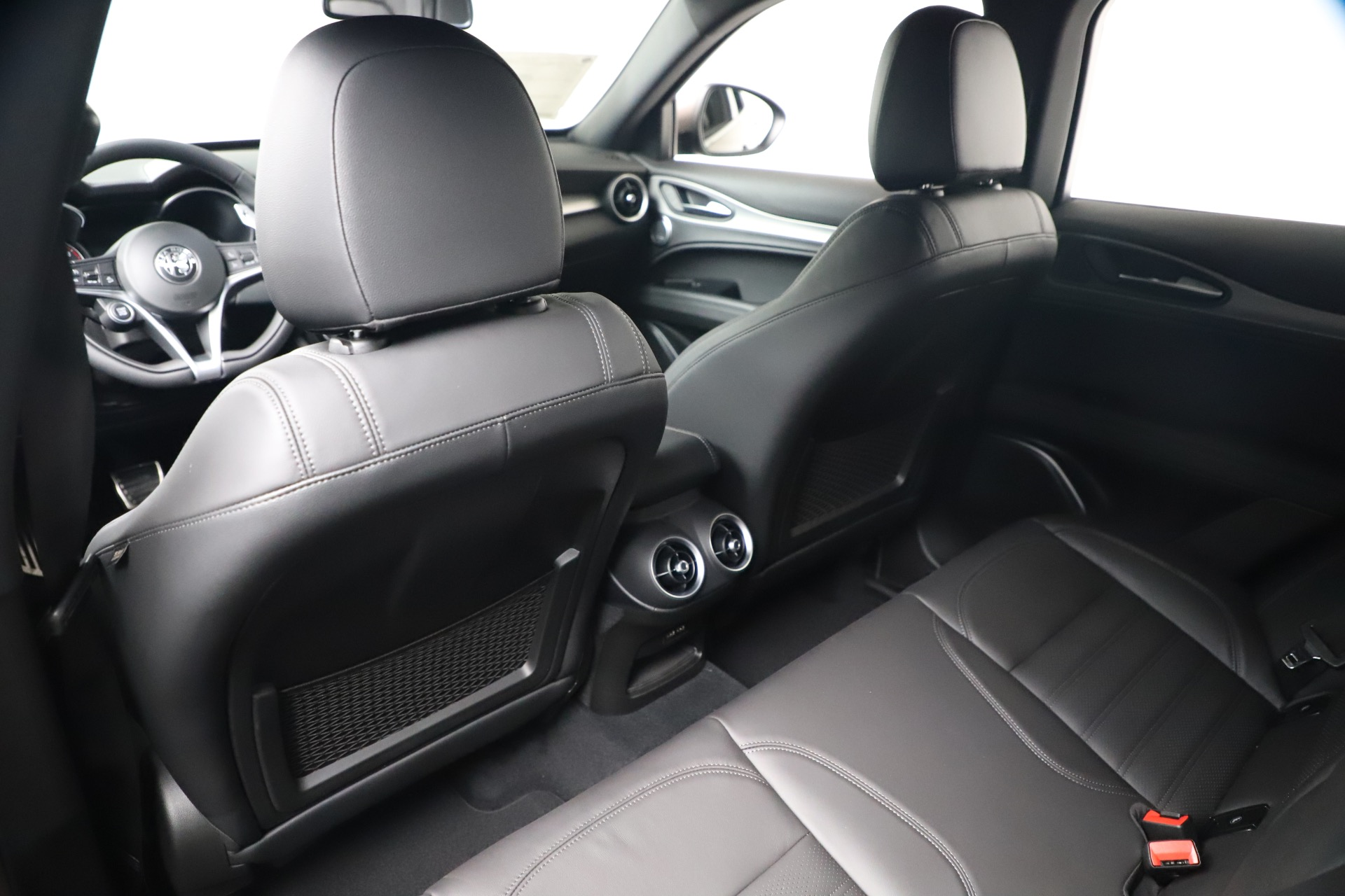 New 2019 Alfa Romeo Stelvio Ti Sport Q4 For Sale In Greenwich, CT. Alfa Romeo of Greenwich, LW388 3489_p20