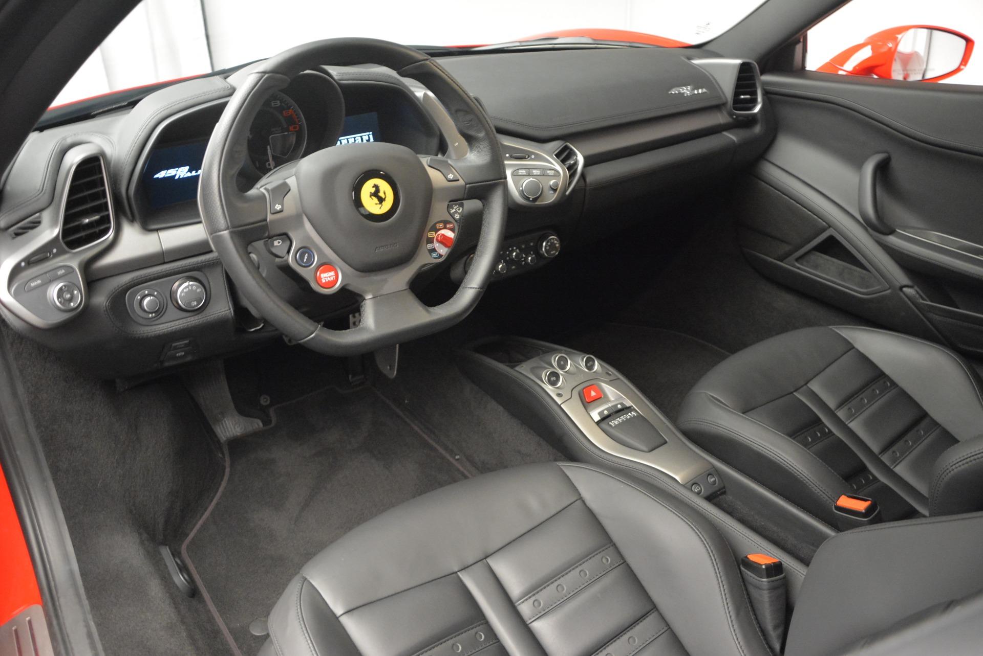 Used 2013 Ferrari 458 Italia  For Sale In Greenwich, CT. Alfa Romeo of Greenwich, 4610 3490_p13