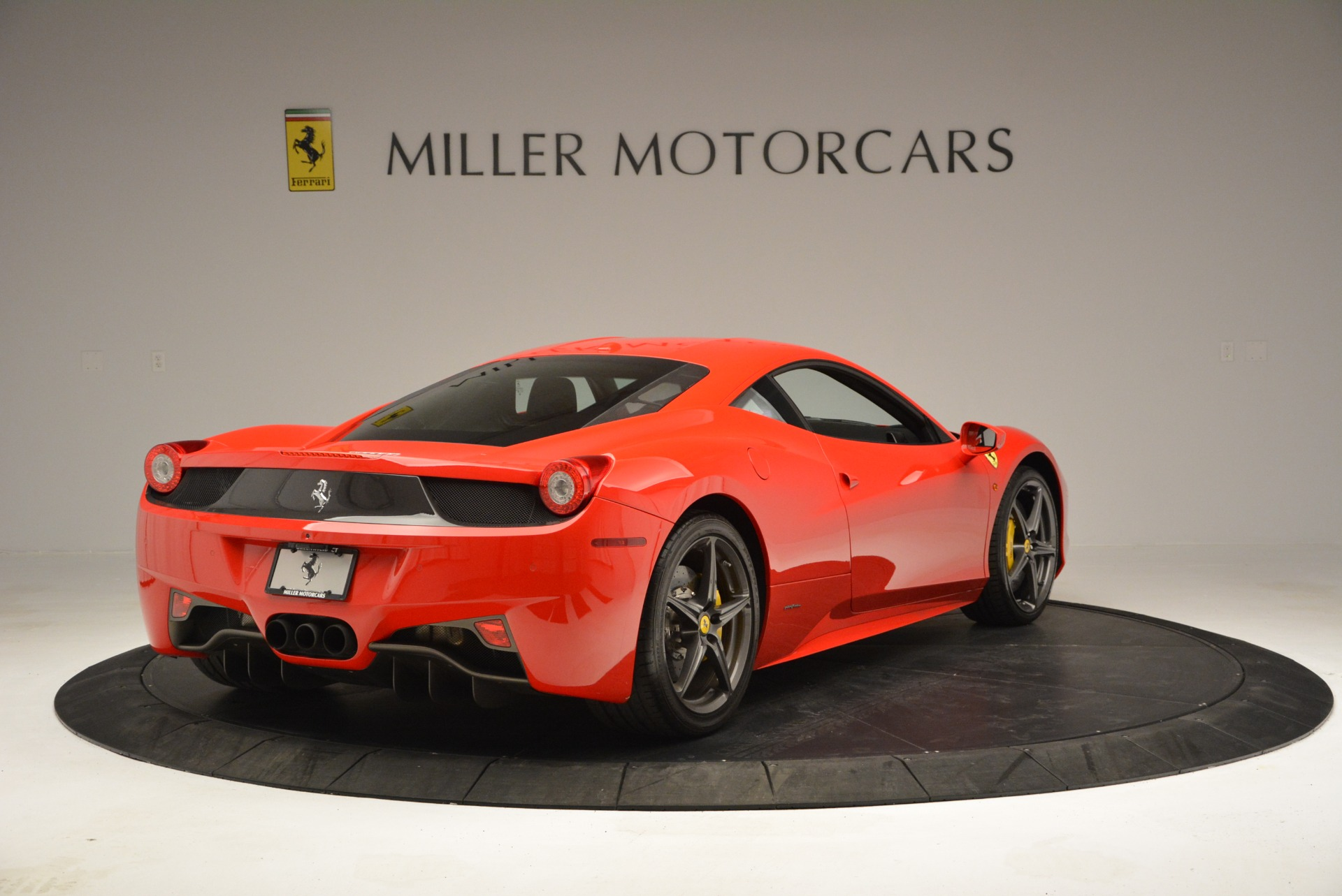 Used 2013 Ferrari 458 Italia  For Sale In Greenwich, CT. Alfa Romeo of Greenwich, 4610 3490_p7