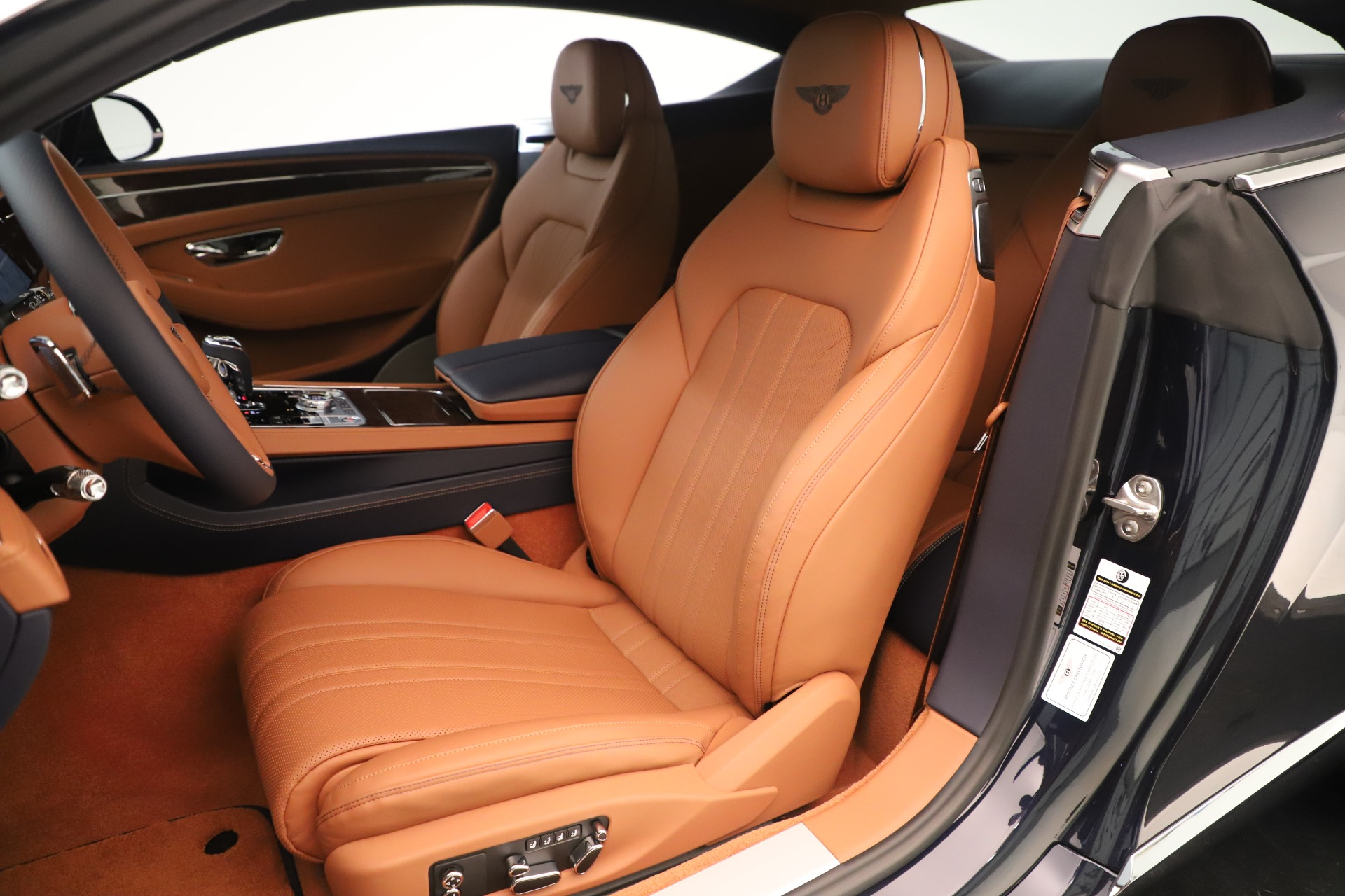 New 2020 Bentley Continental GT V8 For Sale In Greenwich, CT. Alfa Romeo of Greenwich, B1426 3491_p19
