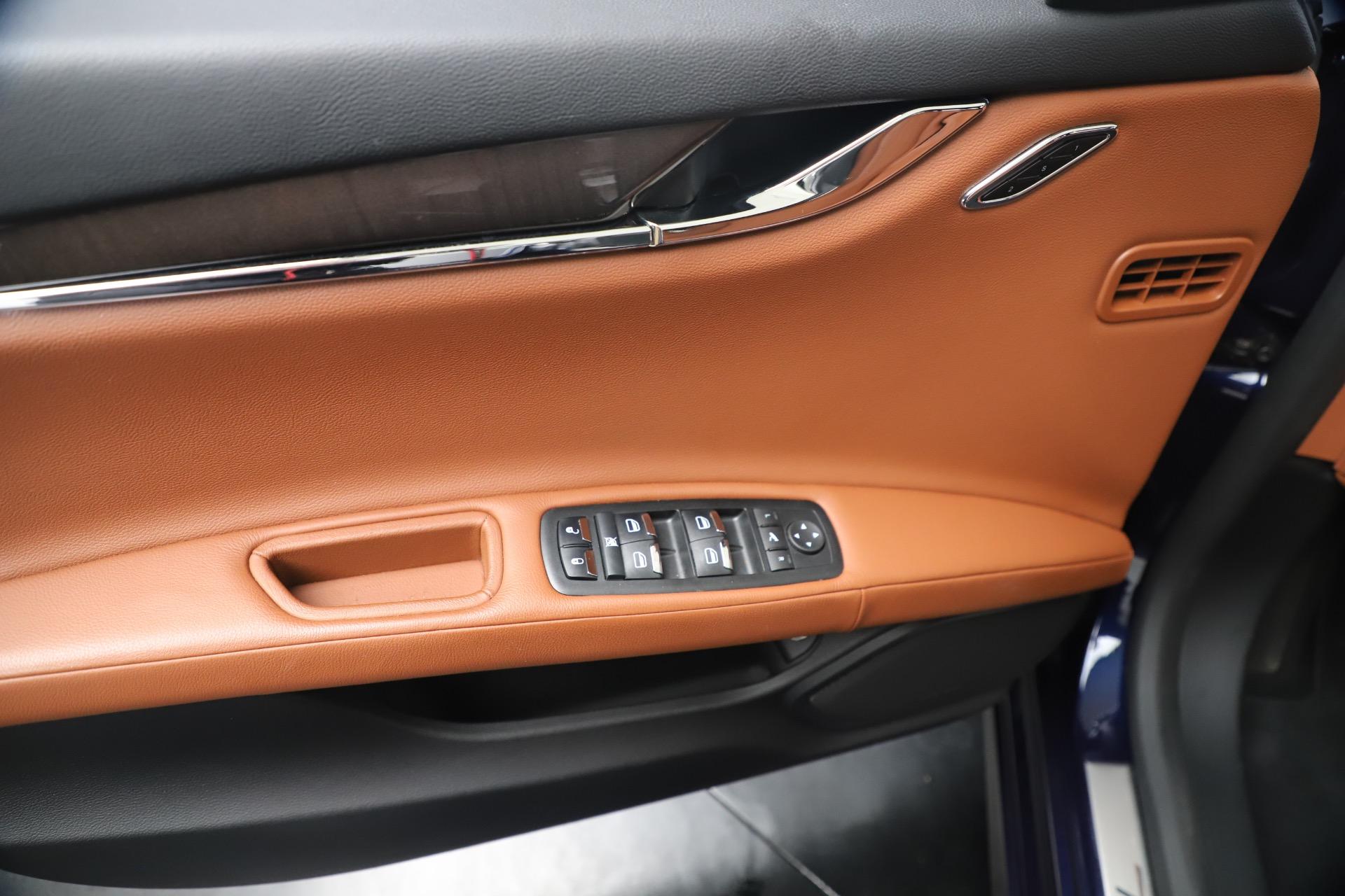 Used 2016 Maserati Quattroporte S Q4 For Sale In Greenwich, CT. Alfa Romeo of Greenwich, 7653 3501_p17