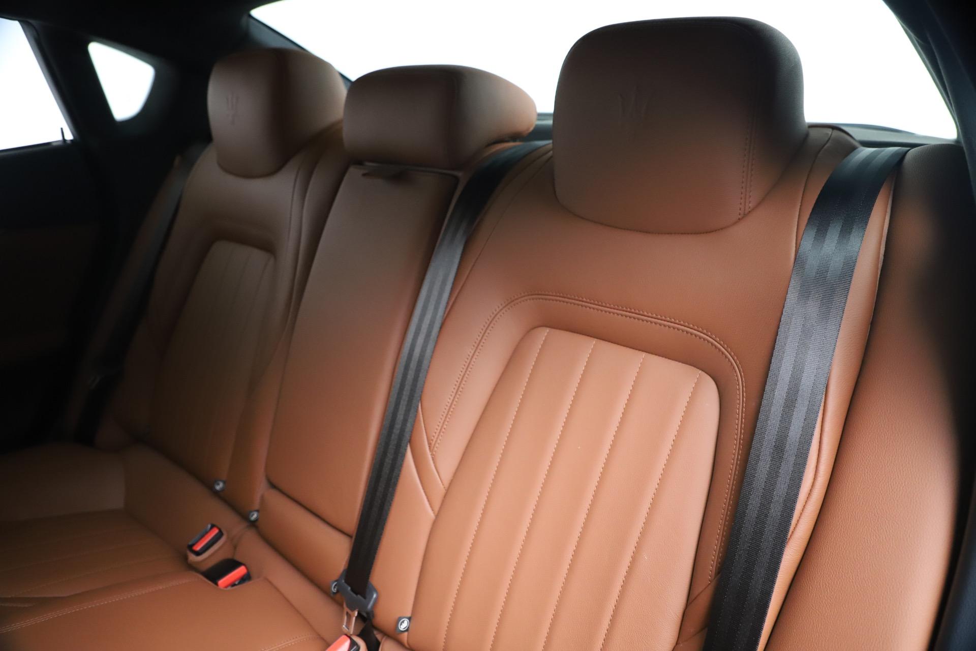 Used 2016 Maserati Quattroporte S Q4 For Sale In Greenwich, CT. Alfa Romeo of Greenwich, 7653 3501_p18