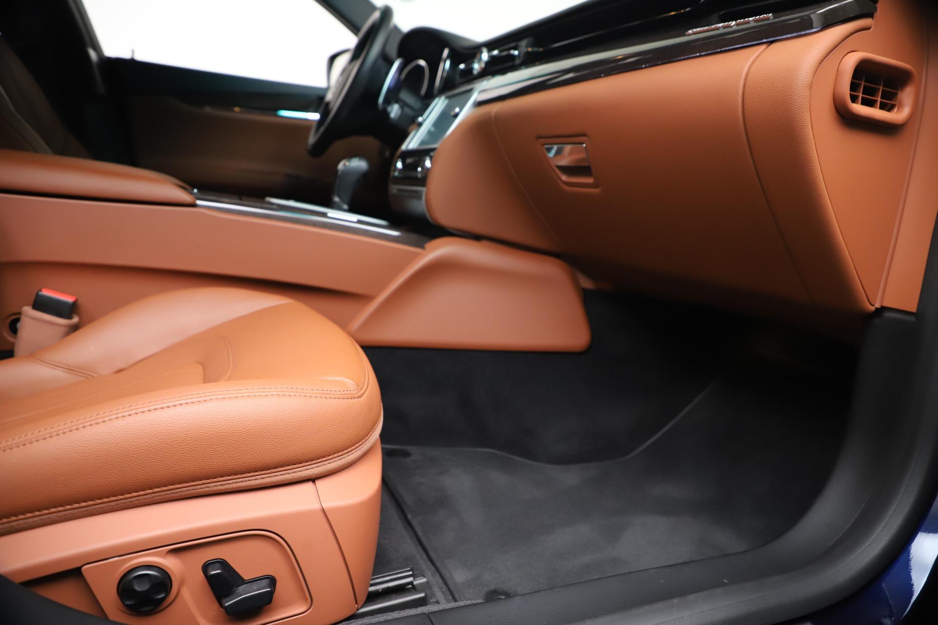 Used 2016 Maserati Quattroporte S Q4 For Sale In Greenwich, CT. Alfa Romeo of Greenwich, 7653 3501_p23