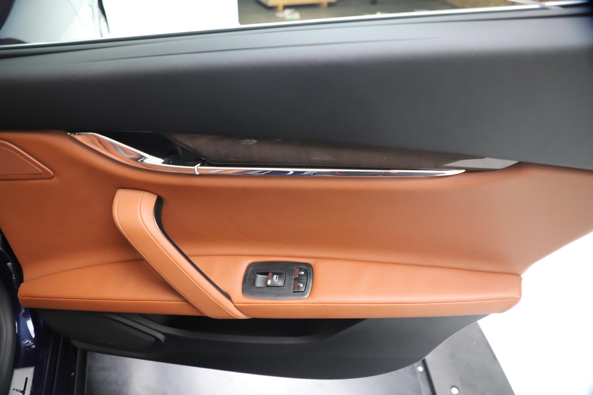 Used 2016 Maserati Quattroporte S Q4 For Sale In Greenwich, CT. Alfa Romeo of Greenwich, 7653 3501_p29