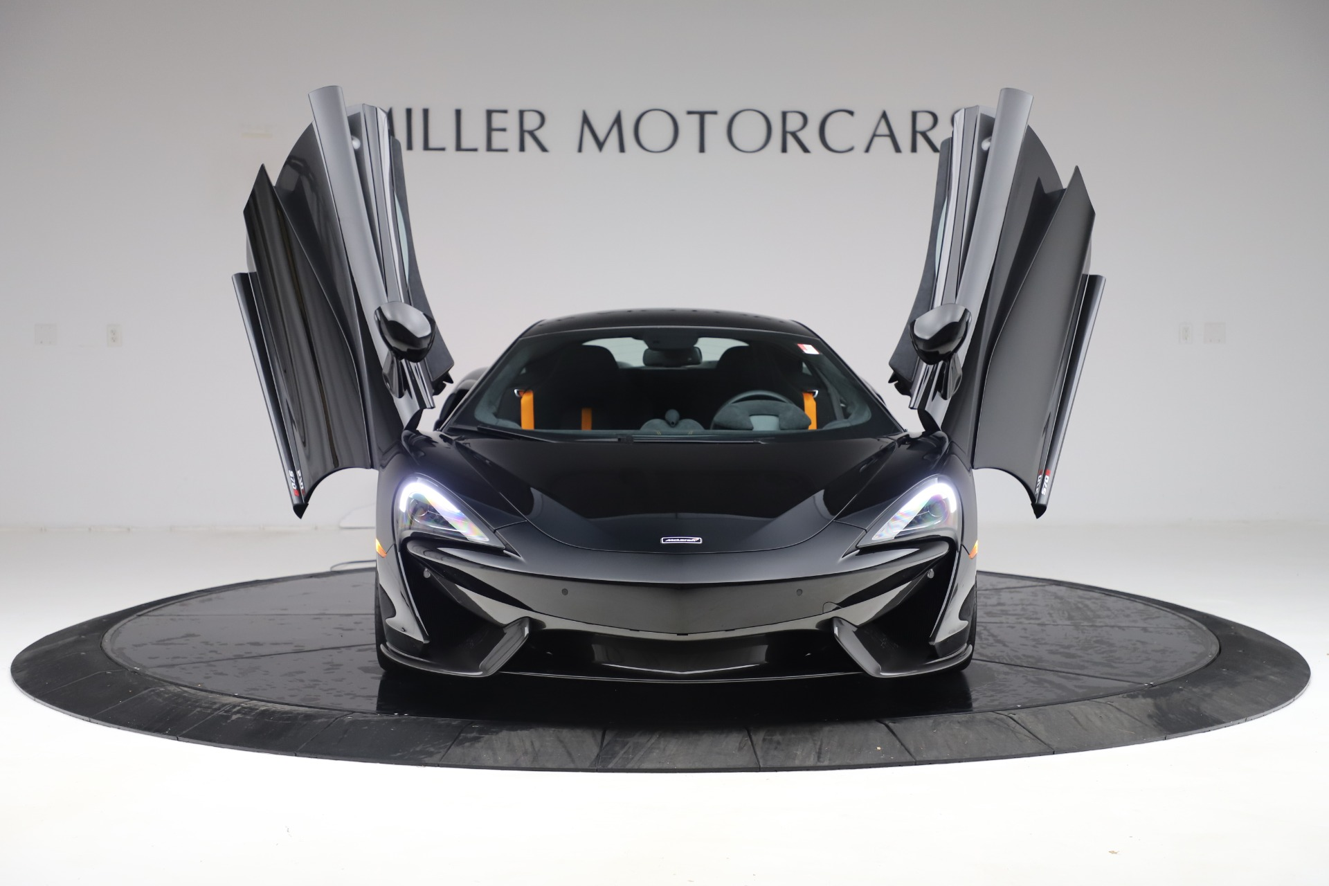 Used 2017 McLaren 570S Coupe For Sale In Greenwich, CT. Alfa Romeo of Greenwich, 3179 3503_p12
