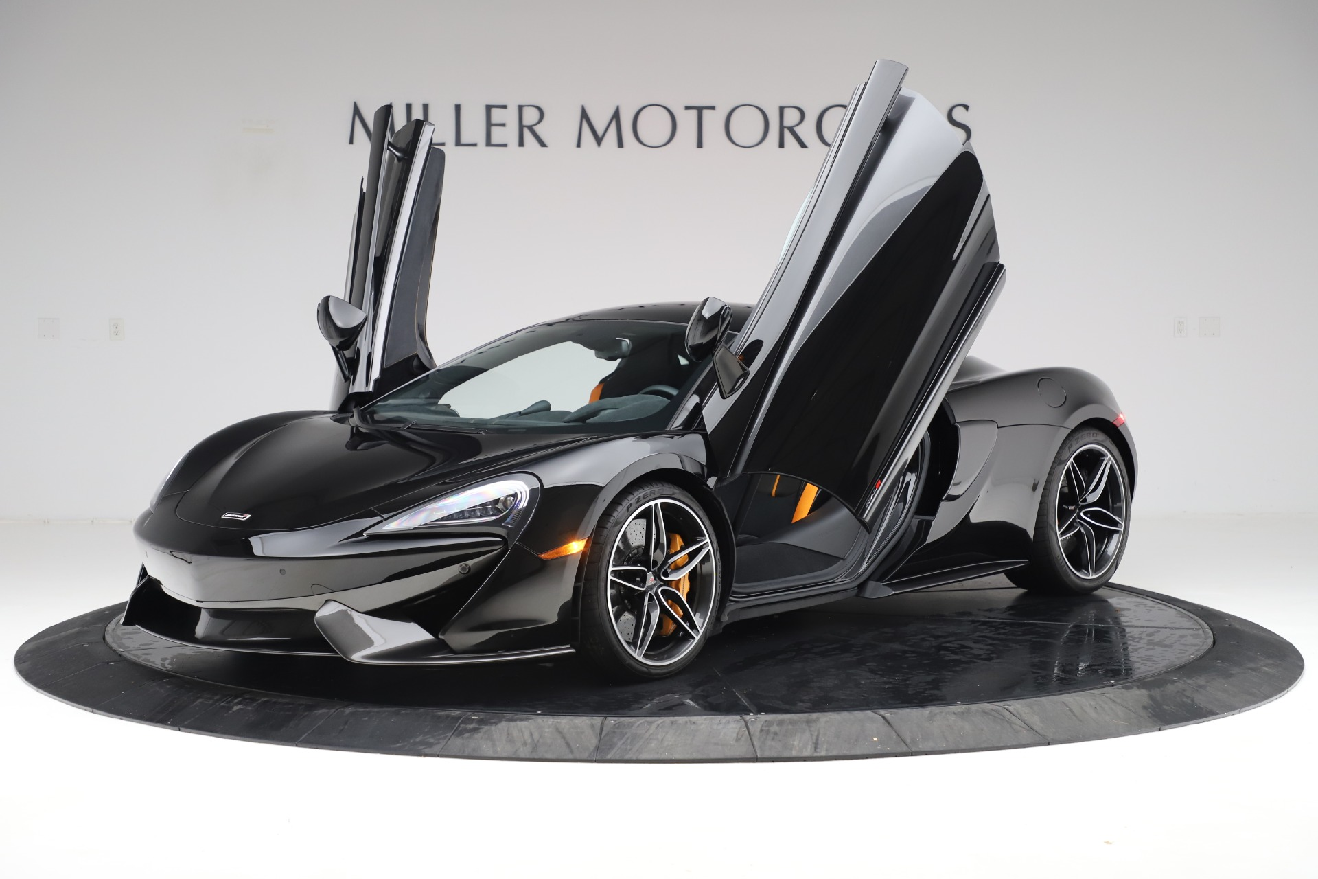 Used 2017 McLaren 570S Coupe For Sale In Greenwich, CT. Alfa Romeo of Greenwich, 3179 3503_p13