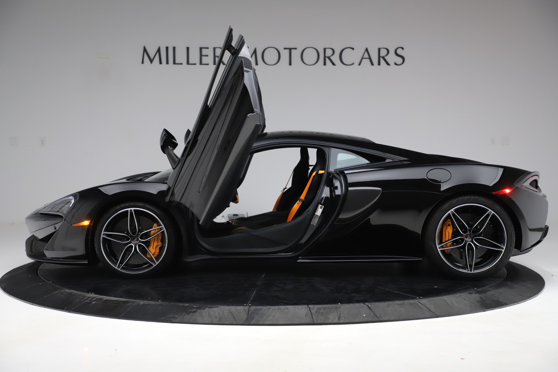 Used 2017 McLaren 570S Coupe For Sale In Greenwich, CT. Alfa Romeo of Greenwich, 3179 3503_p14