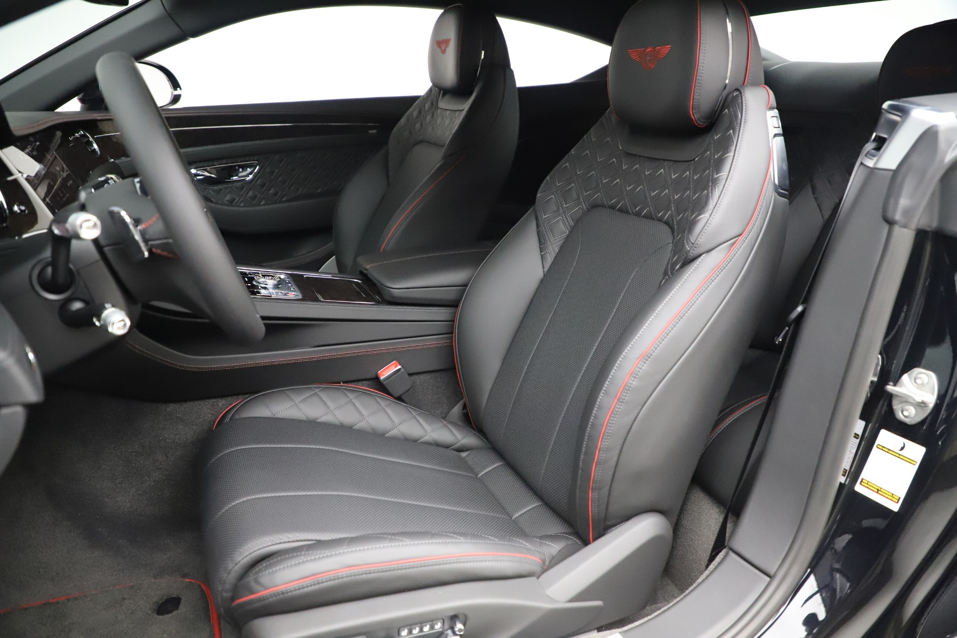 Used 2020 Bentley Continental GT V8 For Sale In Greenwich, CT. Alfa Romeo of Greenwich, R531A 3504_p20