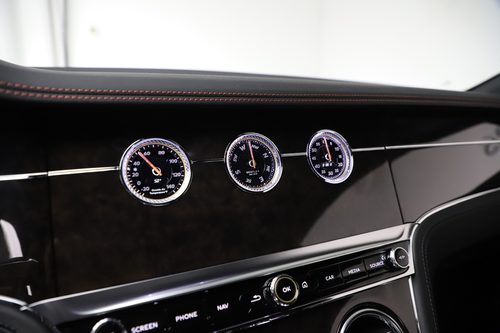 Used 2020 Bentley Continental GT V8 For Sale In Greenwich, CT. Alfa Romeo of Greenwich, R531A 3504_p27