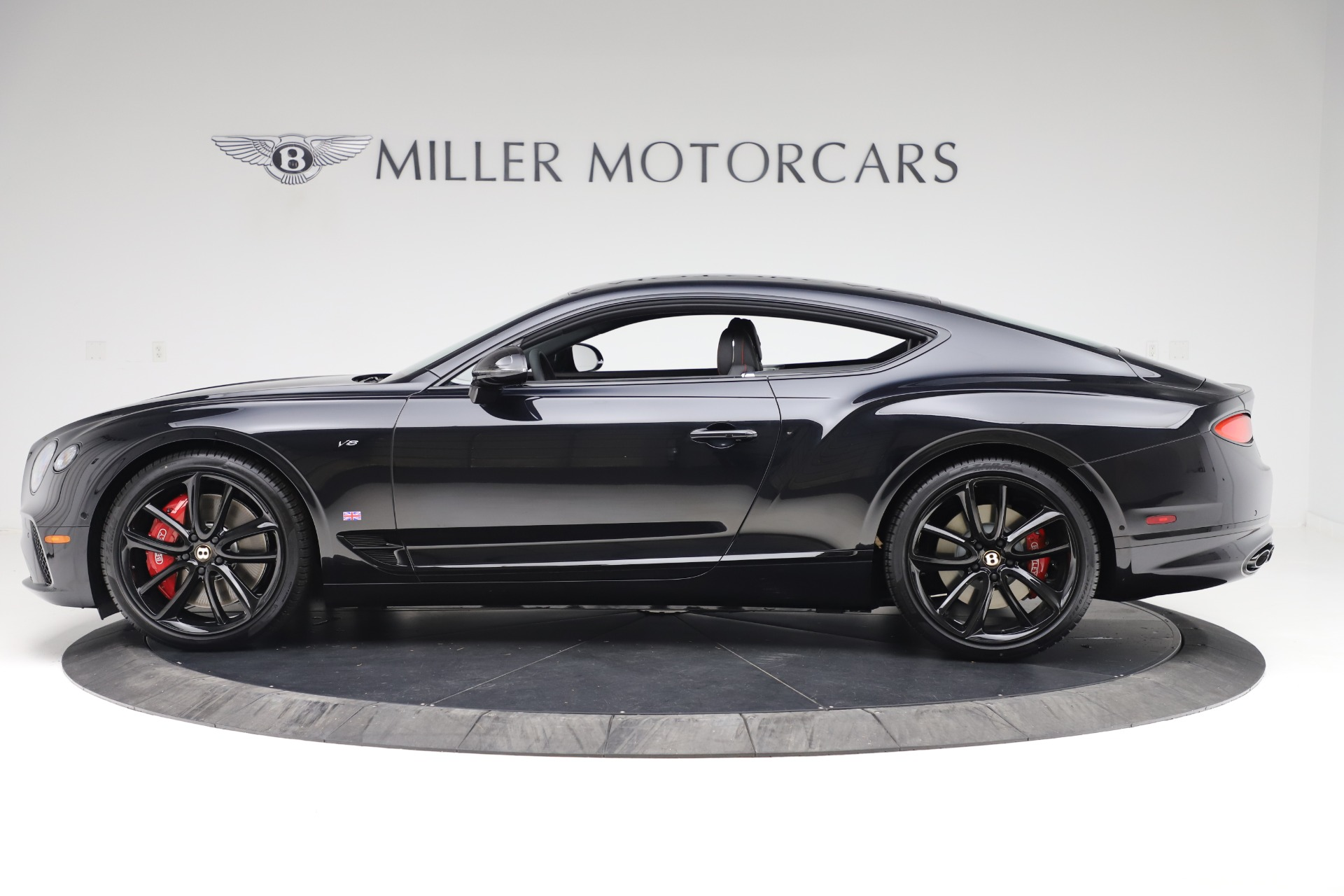 Used 2020 Bentley Continental GT V8 For Sale In Greenwich, CT. Alfa Romeo of Greenwich, R531A 3504_p3
