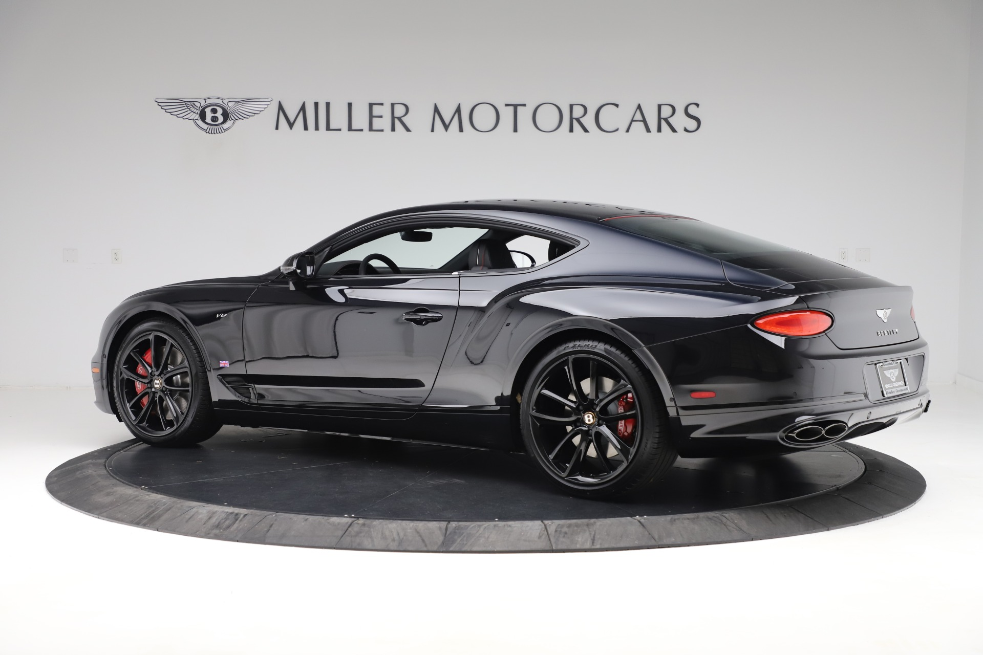 Used 2020 Bentley Continental GT V8 For Sale In Greenwich, CT. Alfa Romeo of Greenwich, R531A 3504_p4