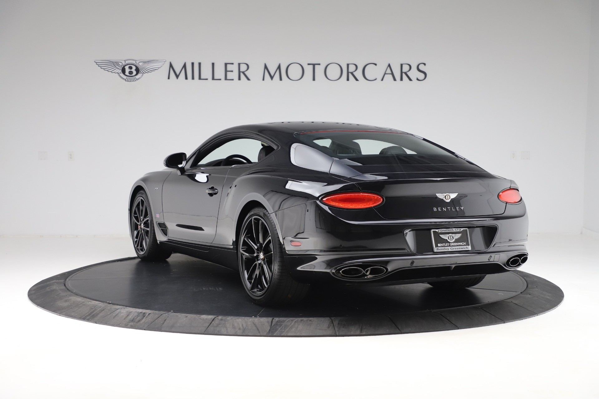 Used 2020 Bentley Continental GT V8 For Sale In Greenwich, CT. Alfa Romeo of Greenwich, R531A 3504_p5