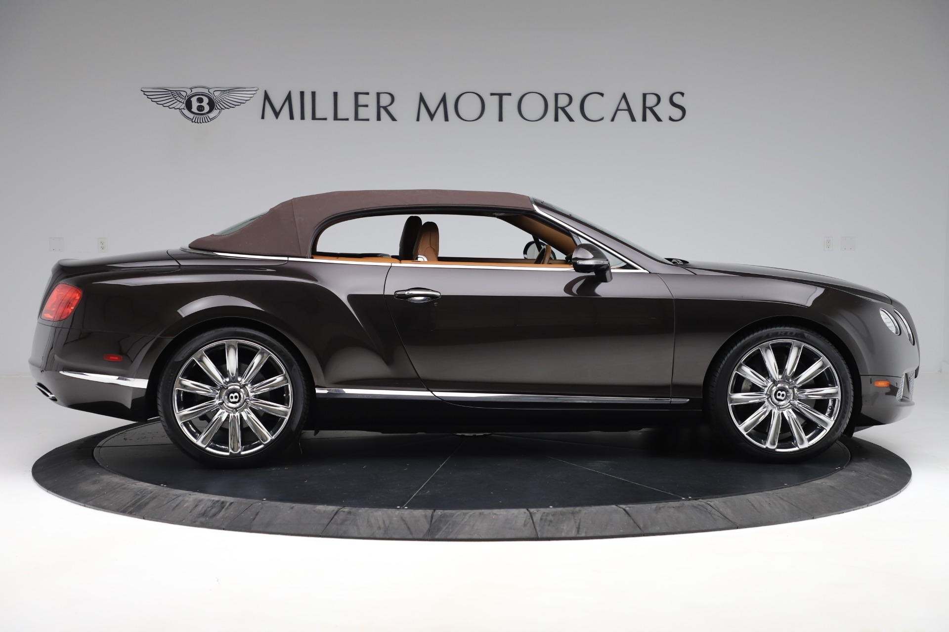 Used 2013 Bentley Continental GT W12 For Sale In Greenwich, CT. Alfa Romeo of Greenwich, 7625A 3505_p17