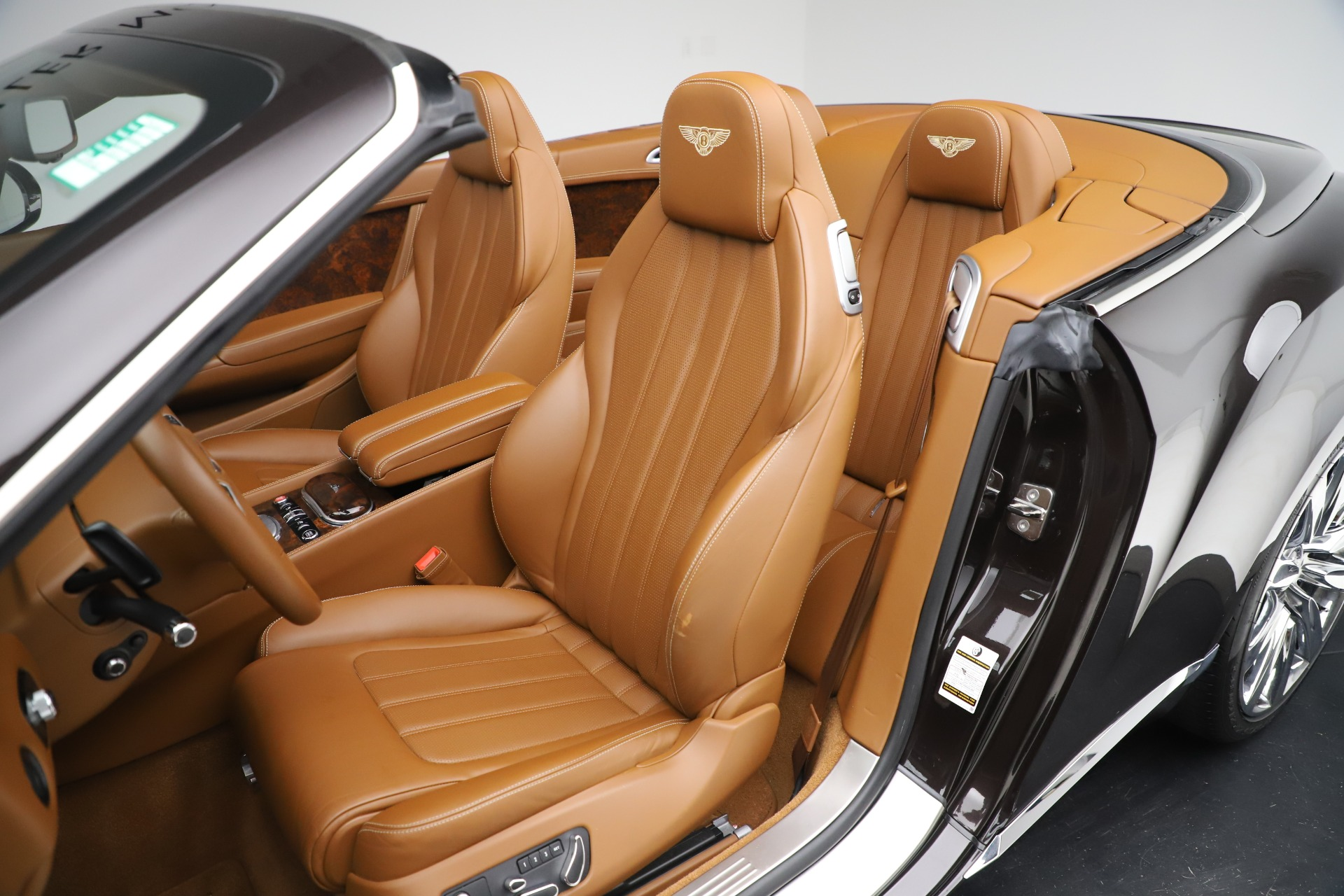 Used 2013 Bentley Continental GT W12 For Sale In Greenwich, CT. Alfa Romeo of Greenwich, 7625A 3505_p25
