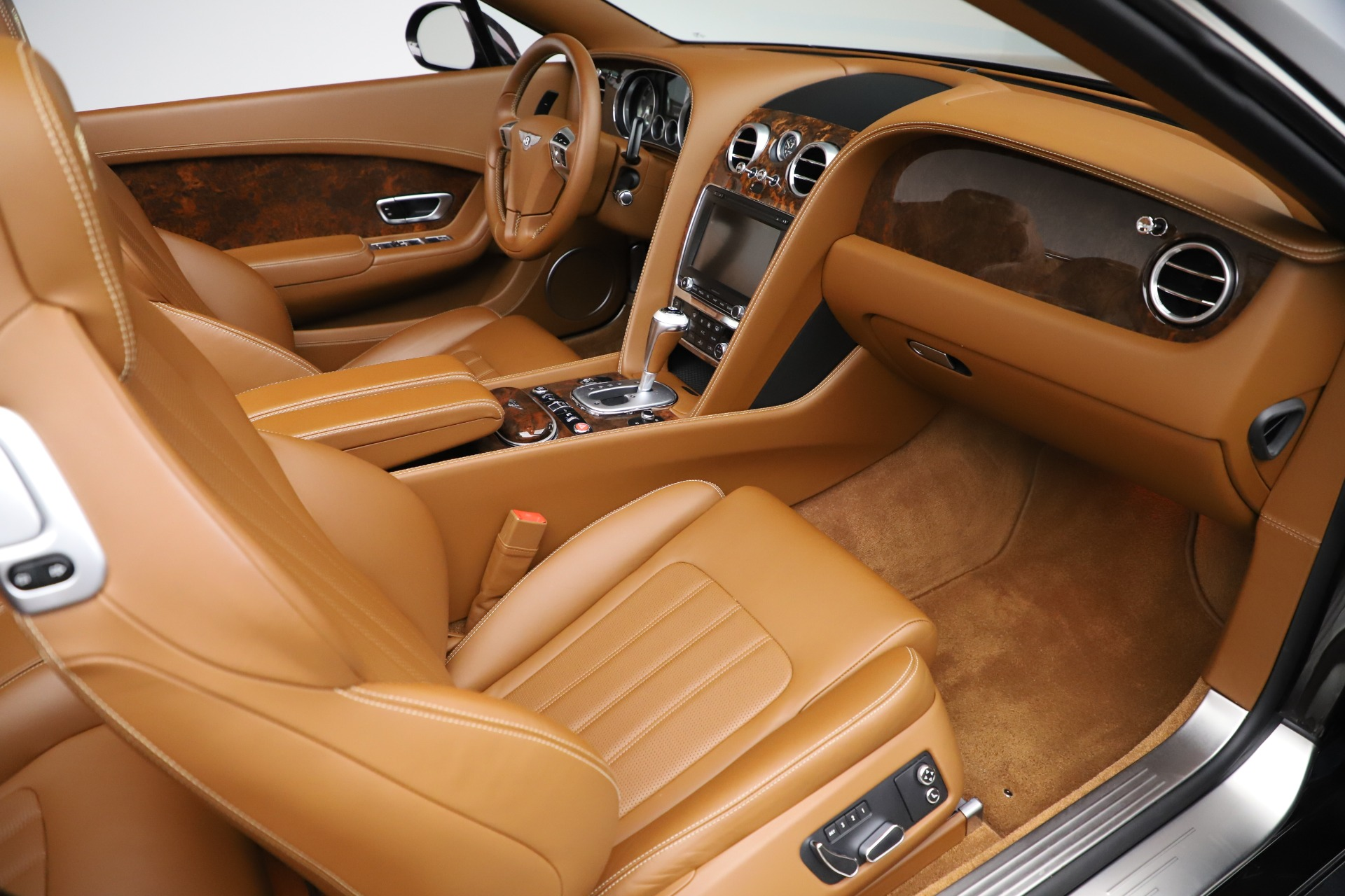 Used 2013 Bentley Continental GT W12 For Sale In Greenwich, CT. Alfa Romeo of Greenwich, 7625A 3505_p31
