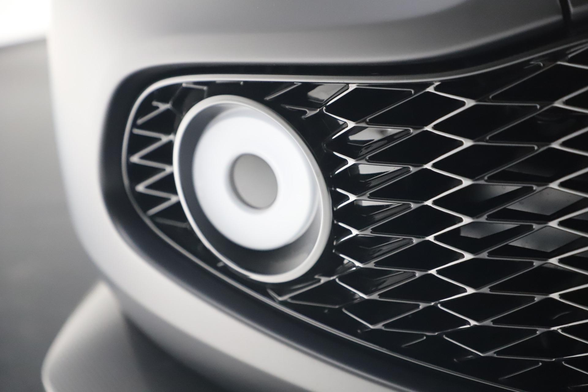 New 2019 Aston Martin Vanquish Zagato Shooting Brake For Sale In Greenwich, CT. Alfa Romeo of Greenwich, 7664C 3512_p24