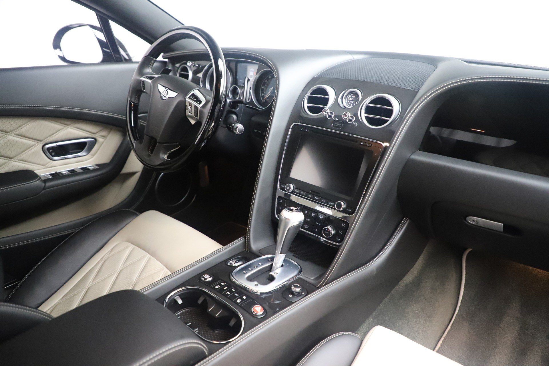 Used 2014 Bentley Continental GT V8 S For Sale In Greenwich, CT. Alfa Romeo of Greenwich, 7680 3541_p27