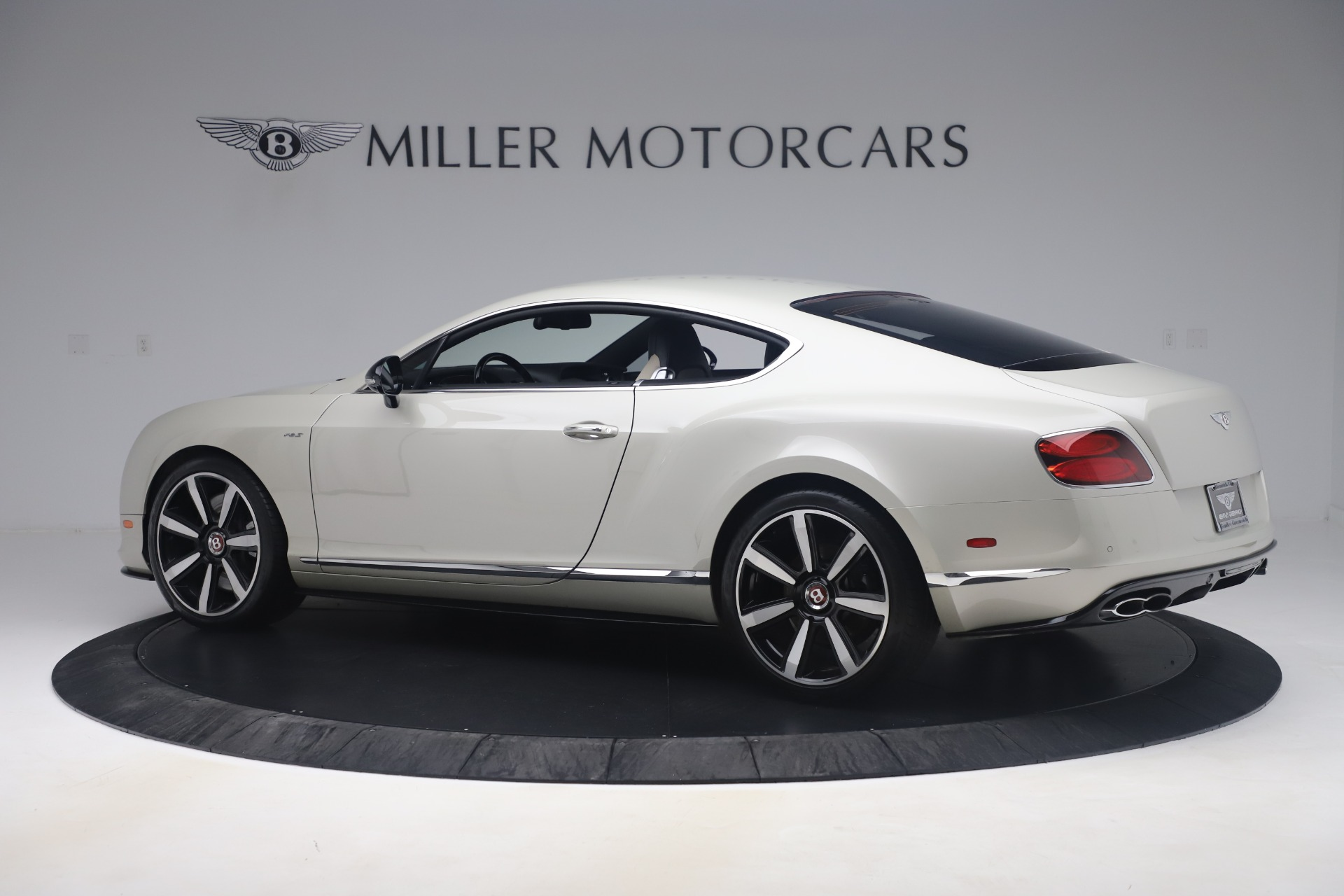 Used 2014 Bentley Continental GT V8 S For Sale In Greenwich, CT. Alfa Romeo of Greenwich, 7680 3541_p4