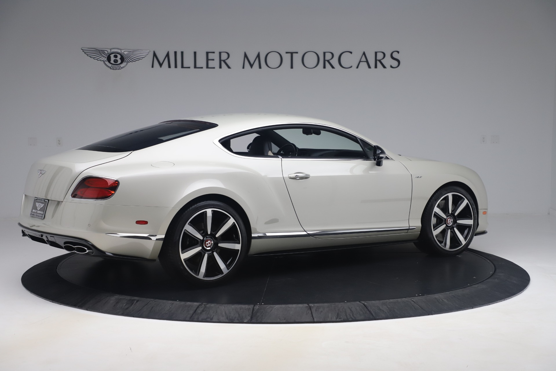 Used 2014 Bentley Continental GT V8 S For Sale In Greenwich, CT. Alfa Romeo of Greenwich, 7680 3541_p8