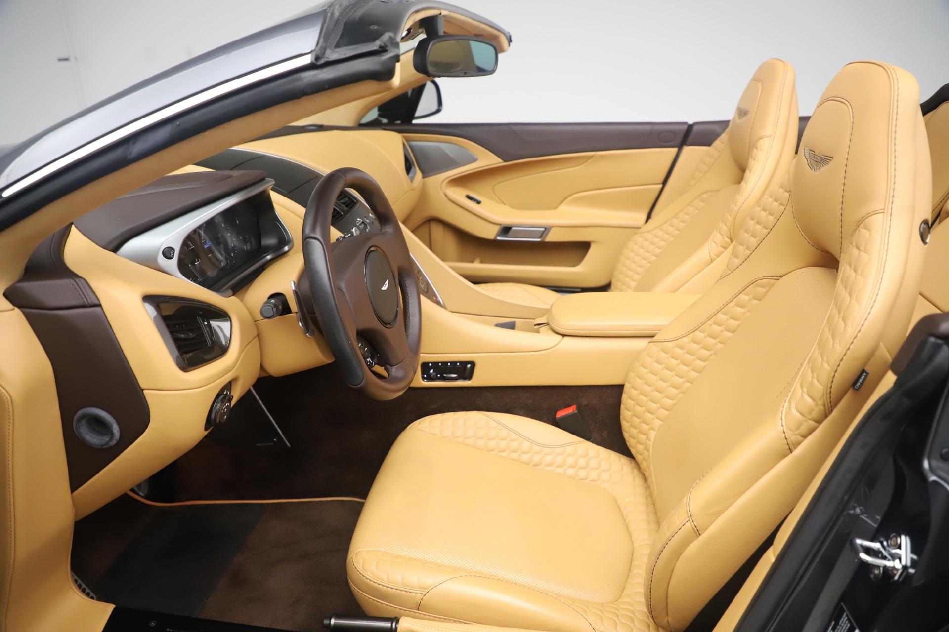 Used 2016 Aston Martin Vanquish Volante For Sale In Greenwich, CT. Alfa Romeo of Greenwich, 7676 3542_p20