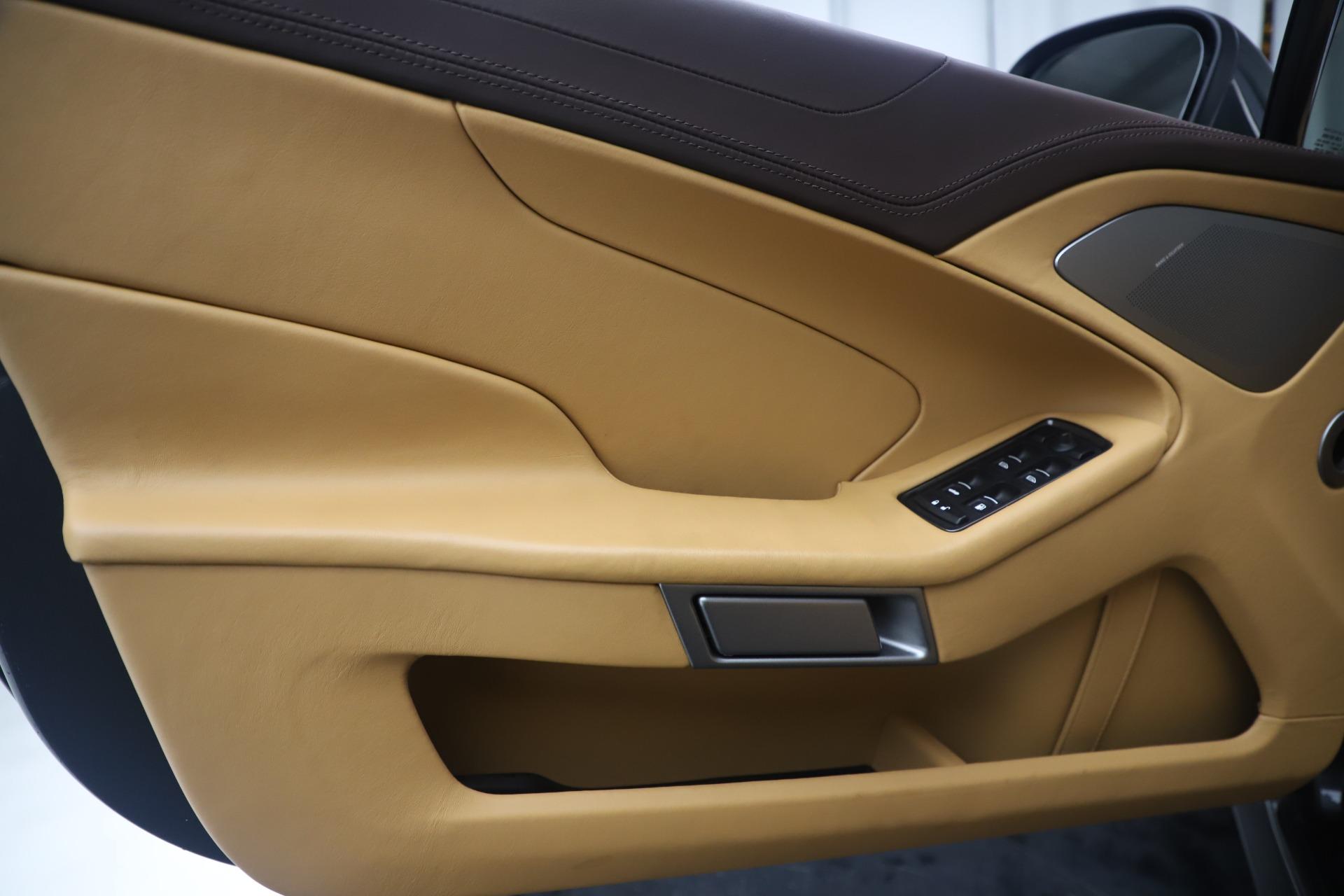 Used 2016 Aston Martin Vanquish Volante For Sale In Greenwich, CT. Alfa Romeo of Greenwich, 7676 3542_p24